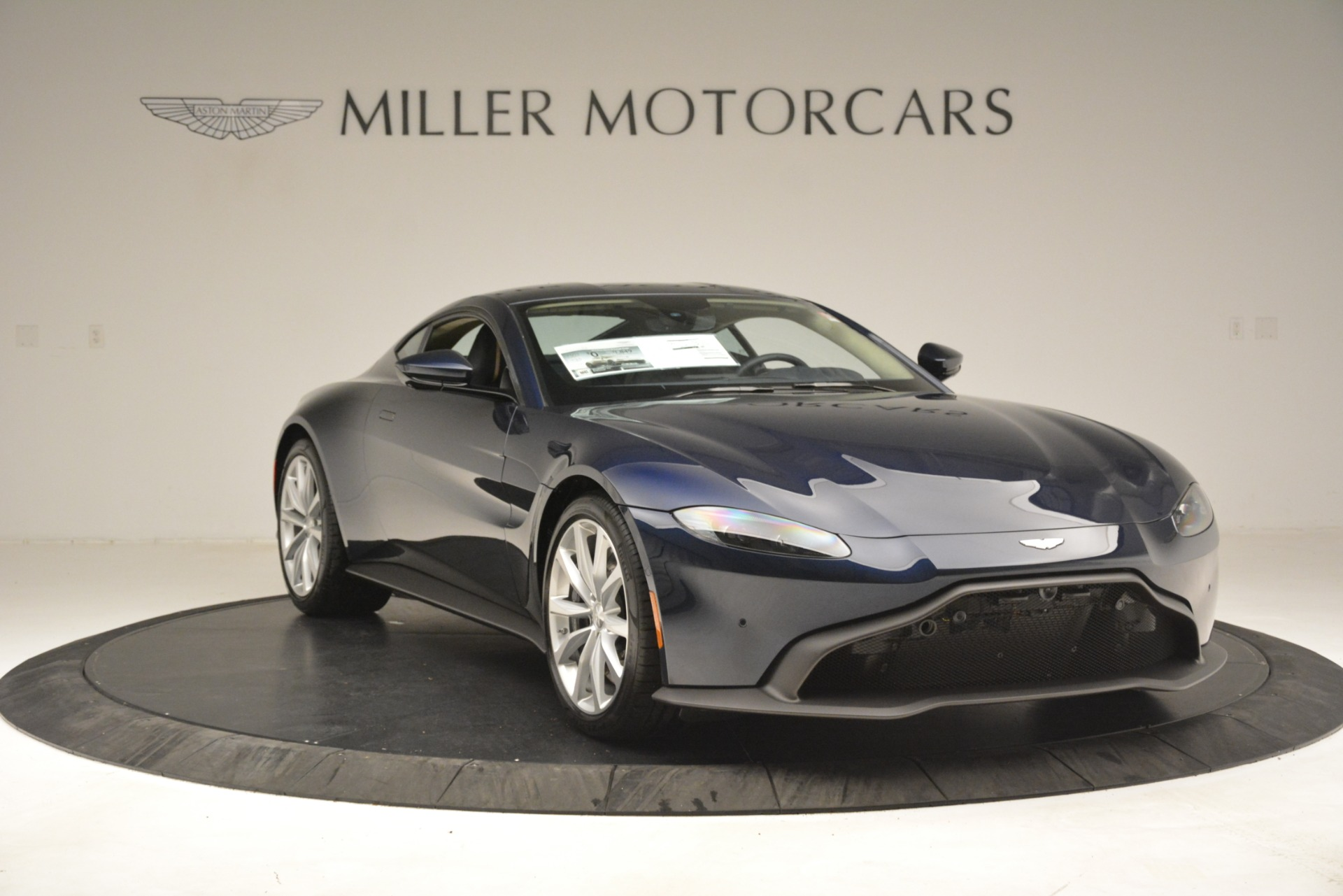 New 2019 Aston Martin Vantage V8 For Sale In Greenwich, CT 3198_p11