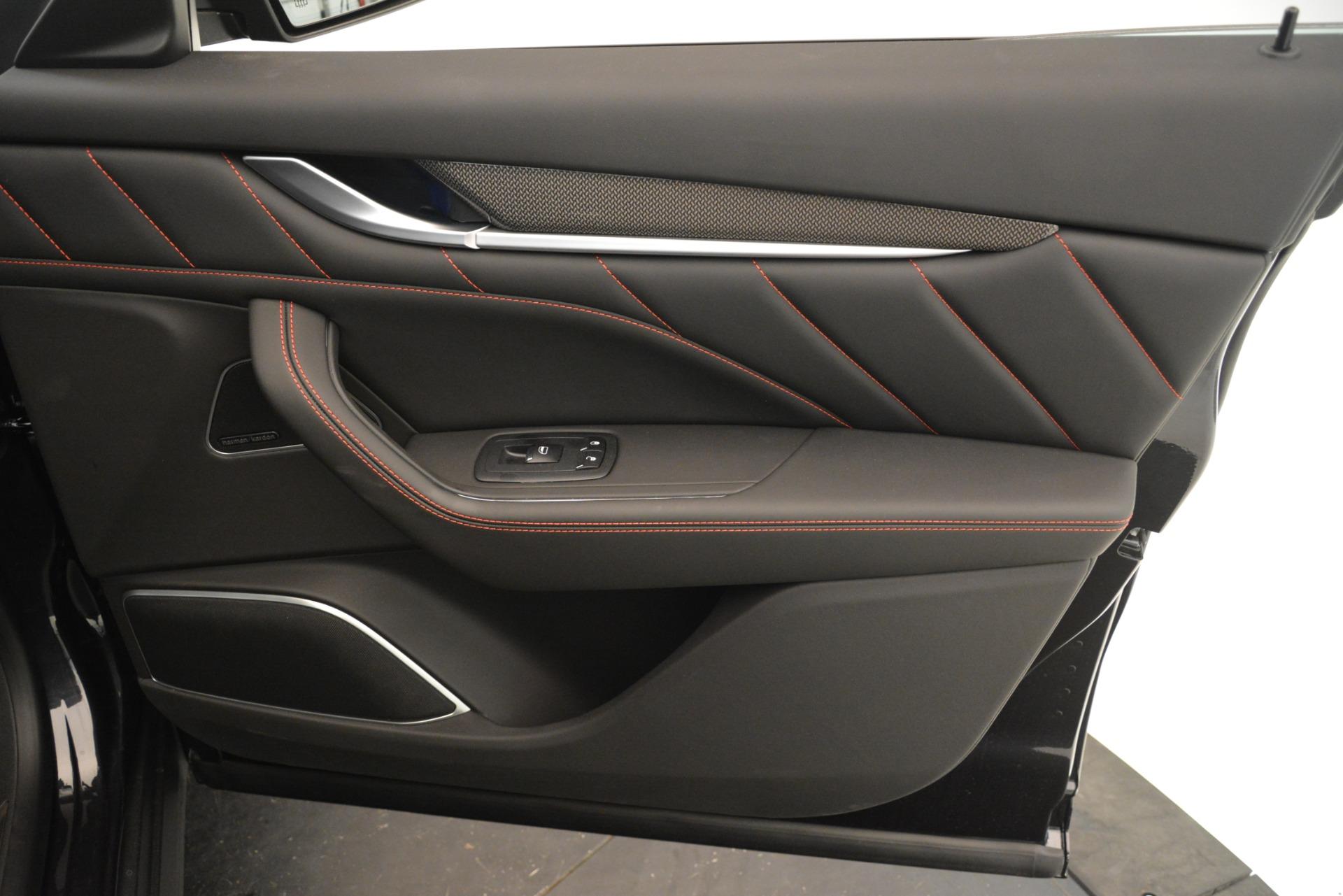 New 2019 Maserati Levante SQ4 GranSport Nerissimo For Sale In Greenwich, CT 3199_p25