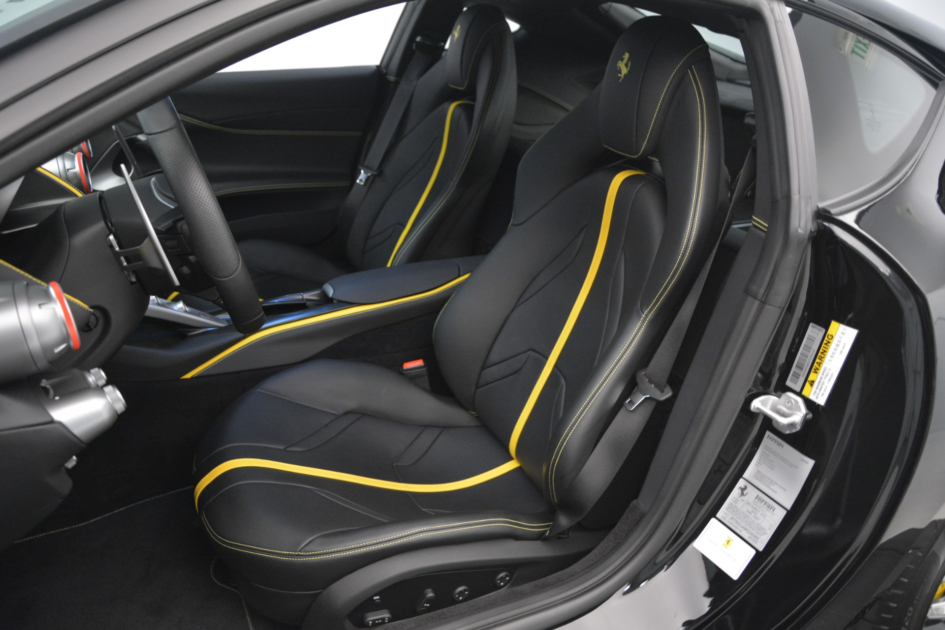 Used 2019 Ferrari 812 Superfast  For Sale In Greenwich, CT 3200_p17