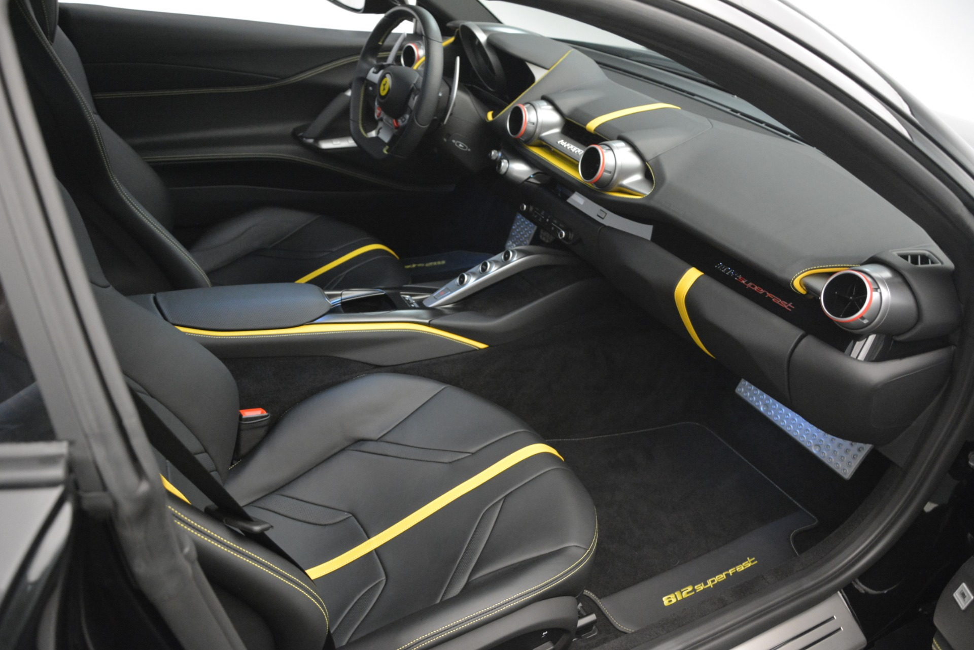 Used 2019 Ferrari 812 Superfast  For Sale In Greenwich, CT 3200_p19