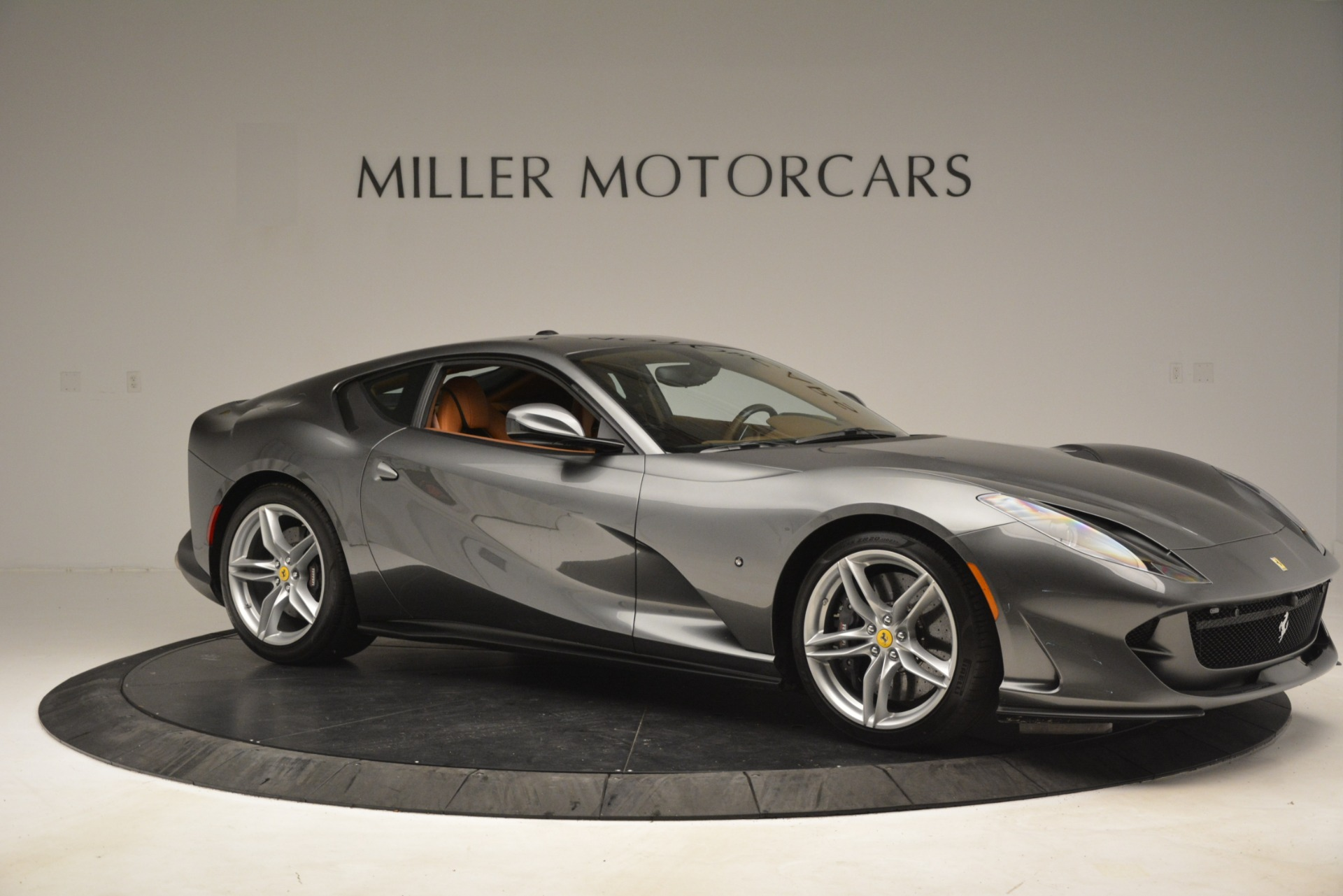 Used 2018 Ferrari 812 Superfast  For Sale In Greenwich, CT 3202_p10