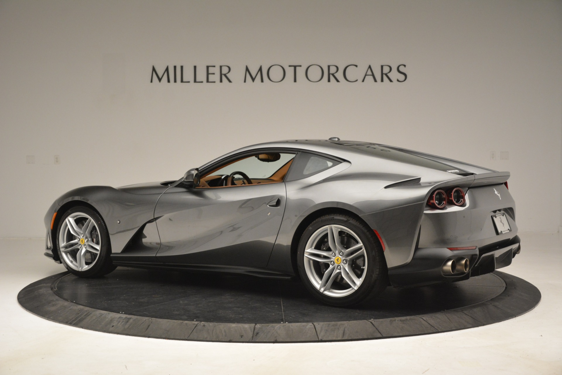 Used 2018 Ferrari 812 Superfast  For Sale In Greenwich, CT 3202_p4