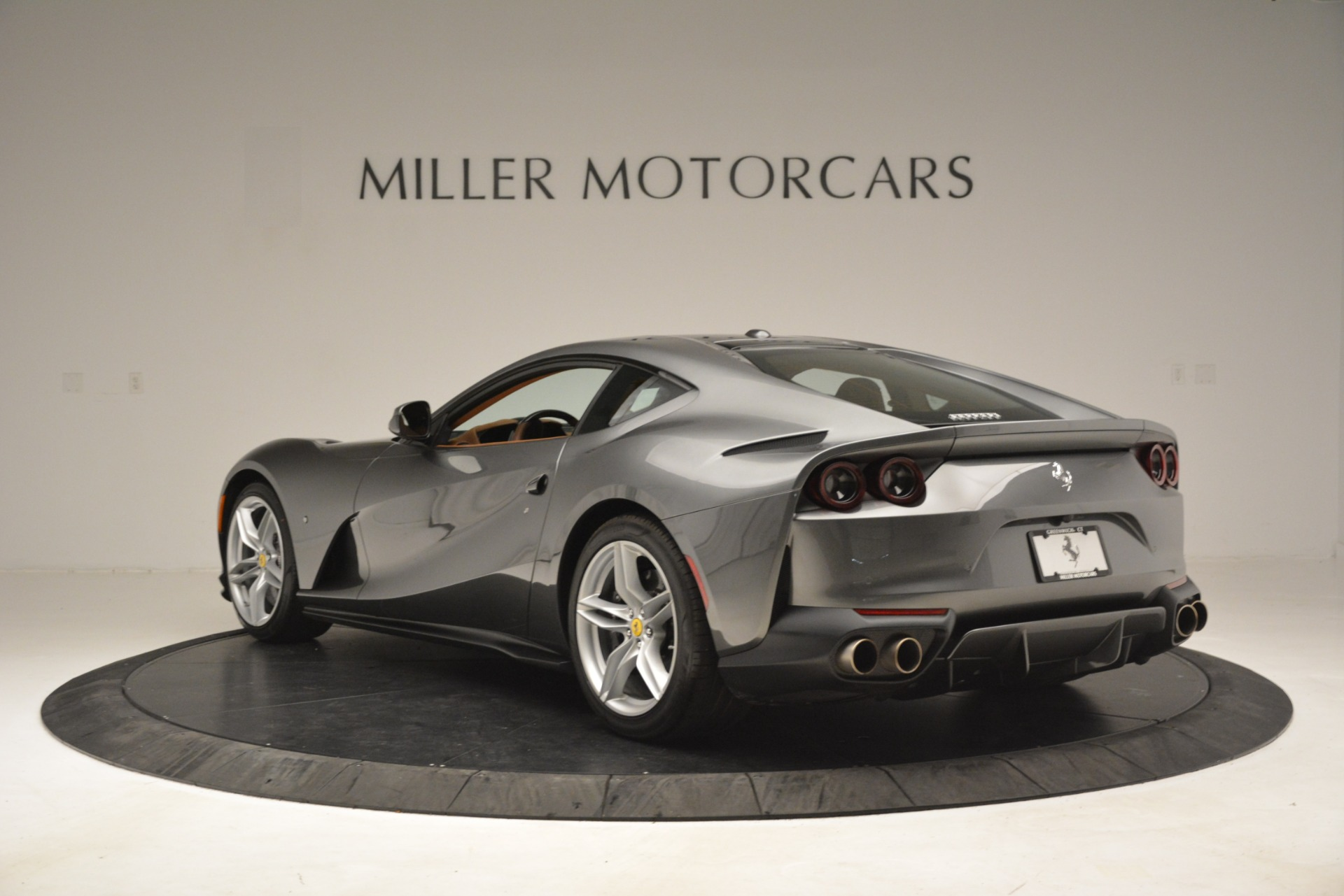 Used 2018 Ferrari 812 Superfast  For Sale In Greenwich, CT 3202_p5
