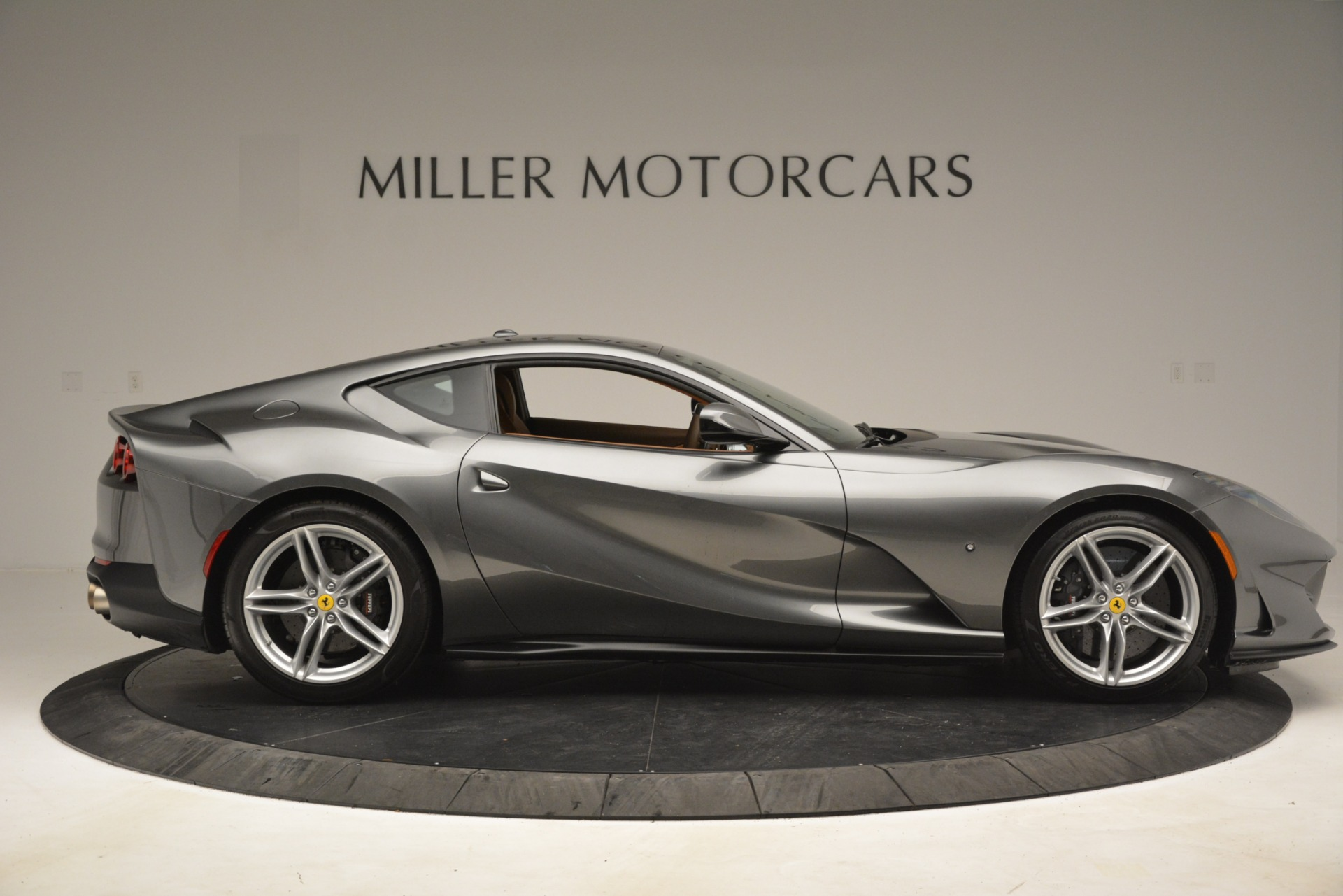 Used 2018 Ferrari 812 Superfast  For Sale In Greenwich, CT 3202_p9
