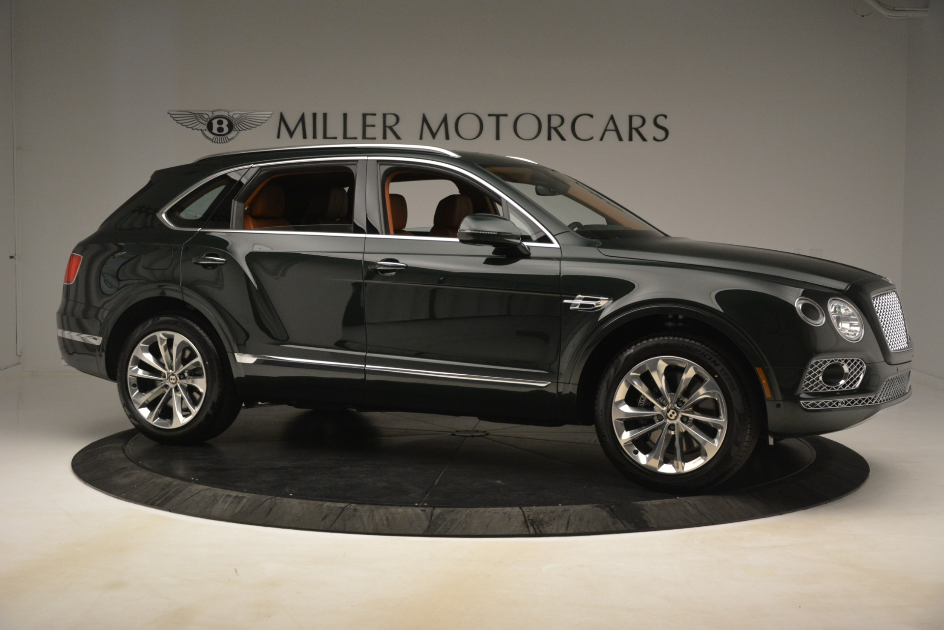 New 2019 Bentley Bentayga V8 For Sale In Greenwich, CT 3203_p11
