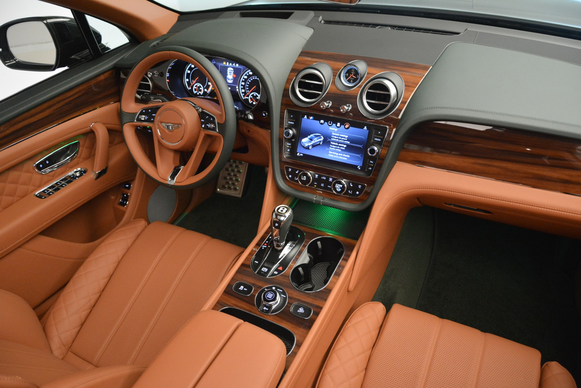 New 2019 Bentley Bentayga V8 For Sale In Greenwich, CT 3203_p30