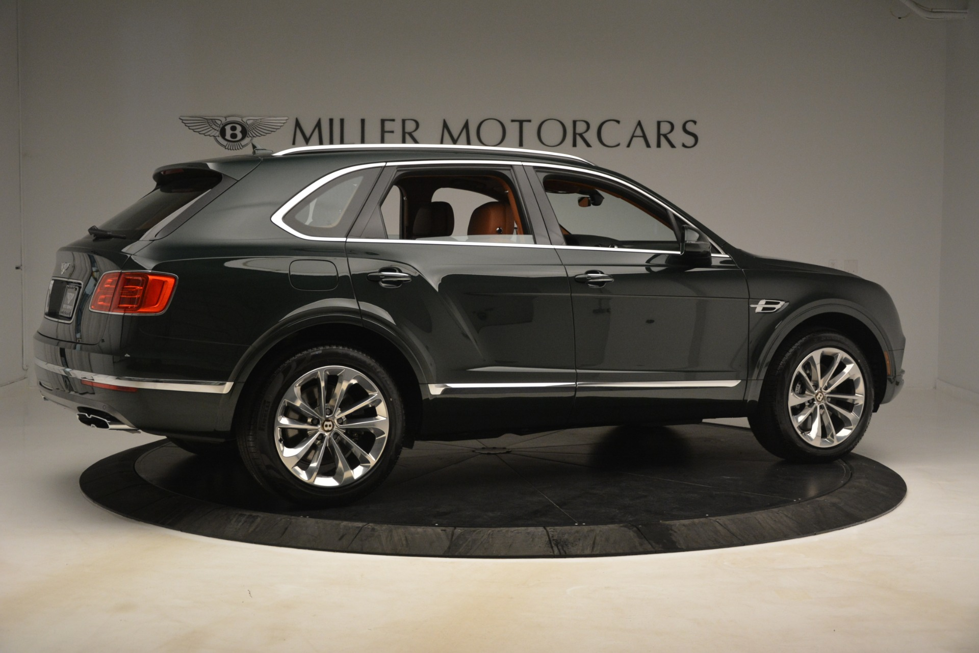 New 2019 Bentley Bentayga V8 For Sale In Greenwich, CT 3203_p8