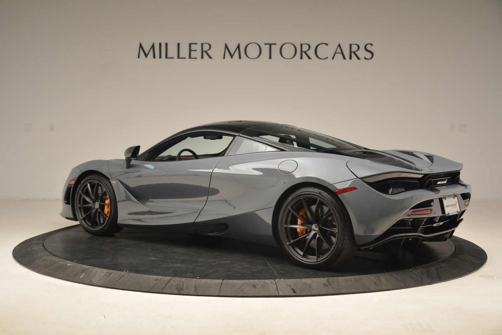 Used 2018 McLaren 720S Coupe For Sale In Greenwich, CT 3205_p4