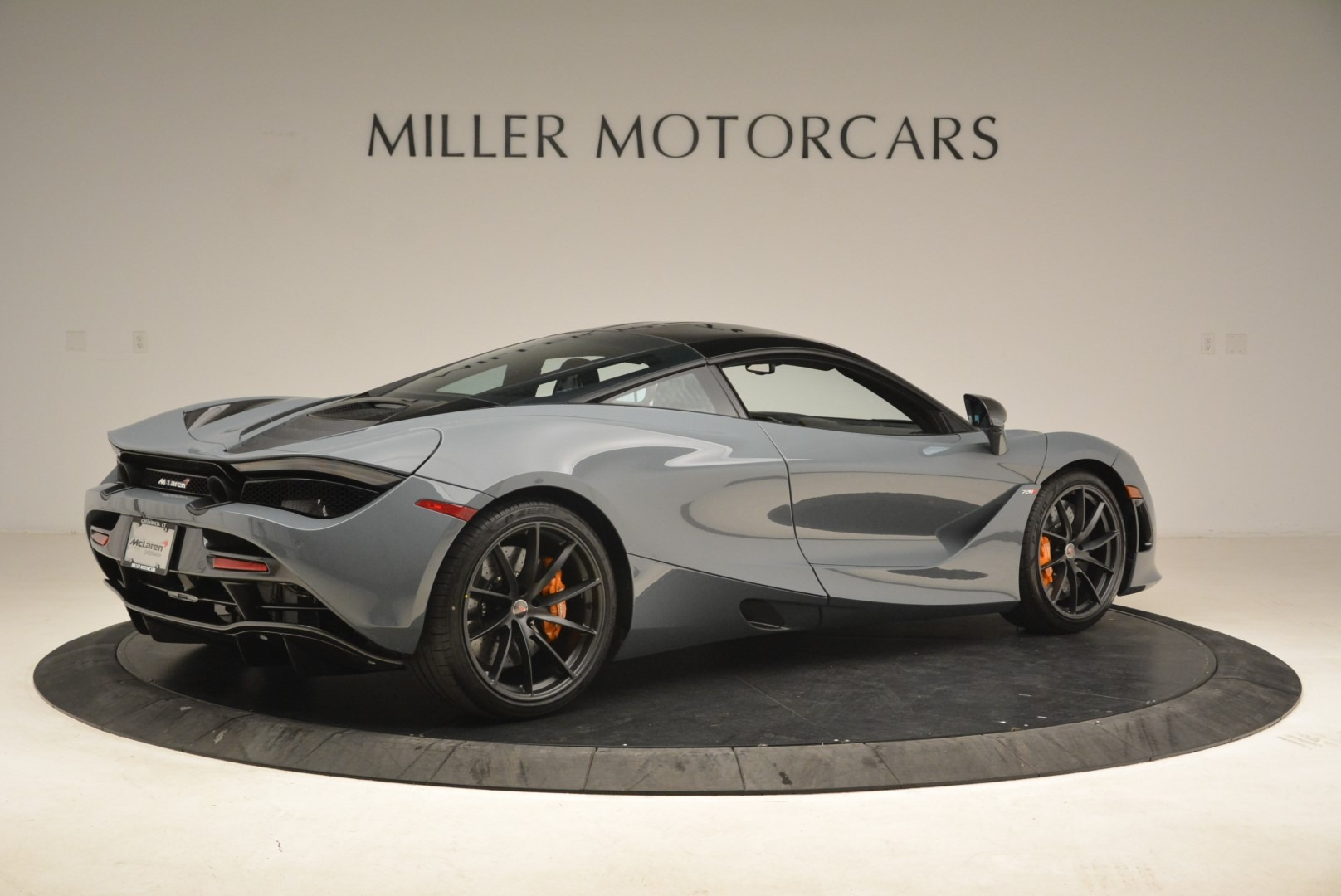 Used 2018 McLaren 720S Coupe For Sale In Greenwich, CT 3205_p8