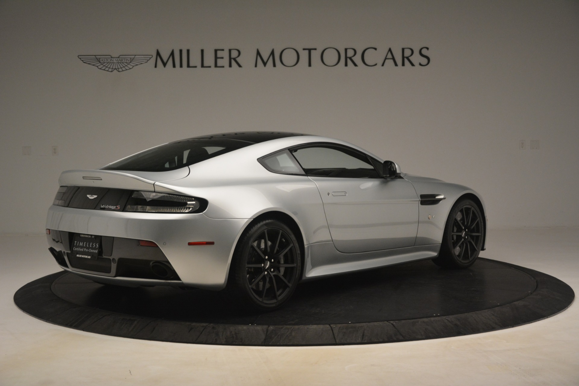 Used 2015 Aston Martin V12 Vantage S Coupe For Sale In Greenwich, CT 3206_p8