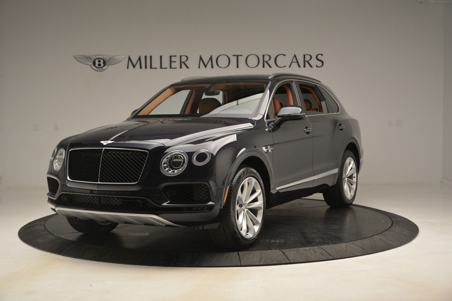 New 2019 Bentley Bentayga V8 For Sale In Greenwich, CT 3207_main