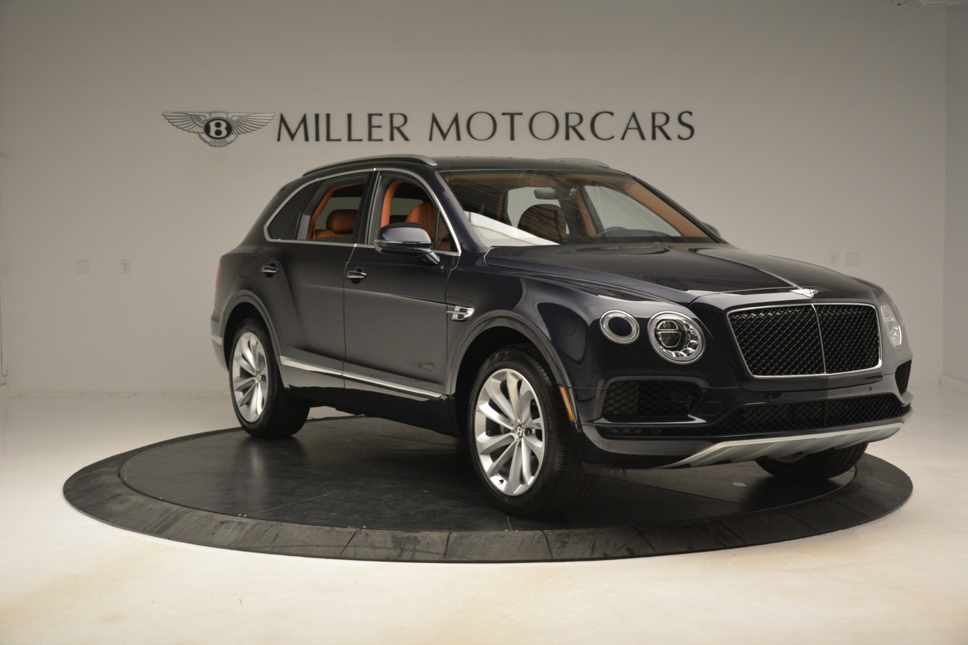 New 2019 Bentley Bentayga V8 For Sale In Greenwich, CT 3207_p11
