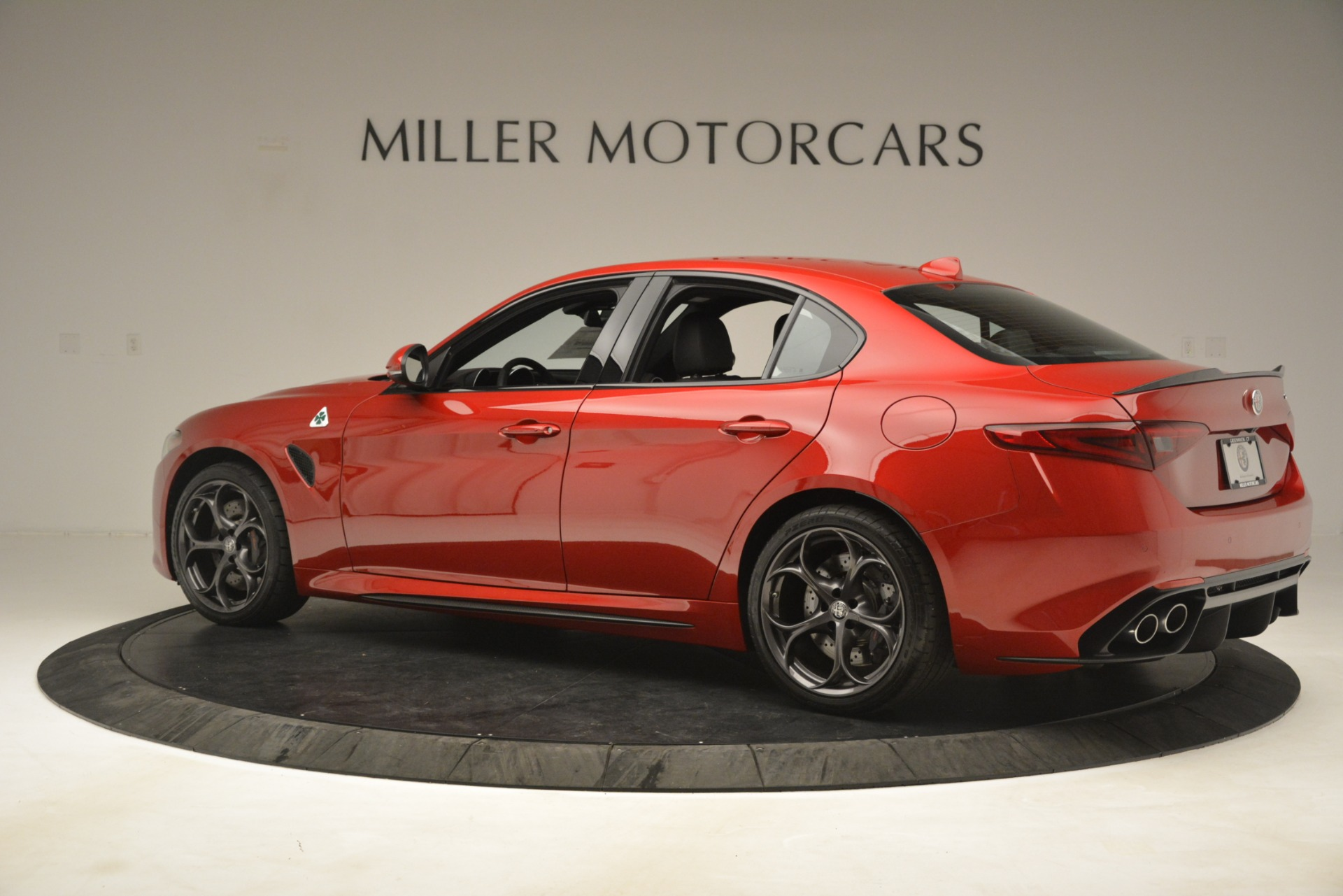 New 2019 Alfa Romeo Giulia Quadrifoglio For Sale In Greenwich, CT 3208_p4