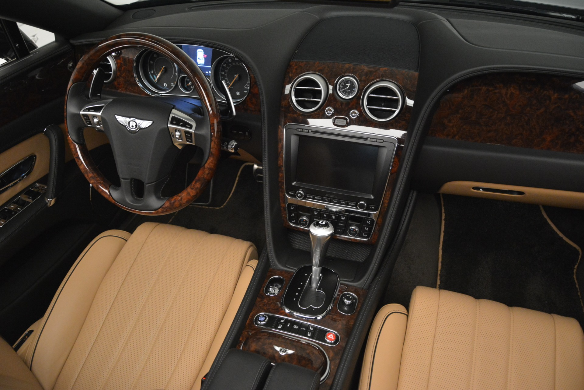 Used 2016 Bentley Flying Spur V8 For Sale In Greenwich, CT 3210_p30
