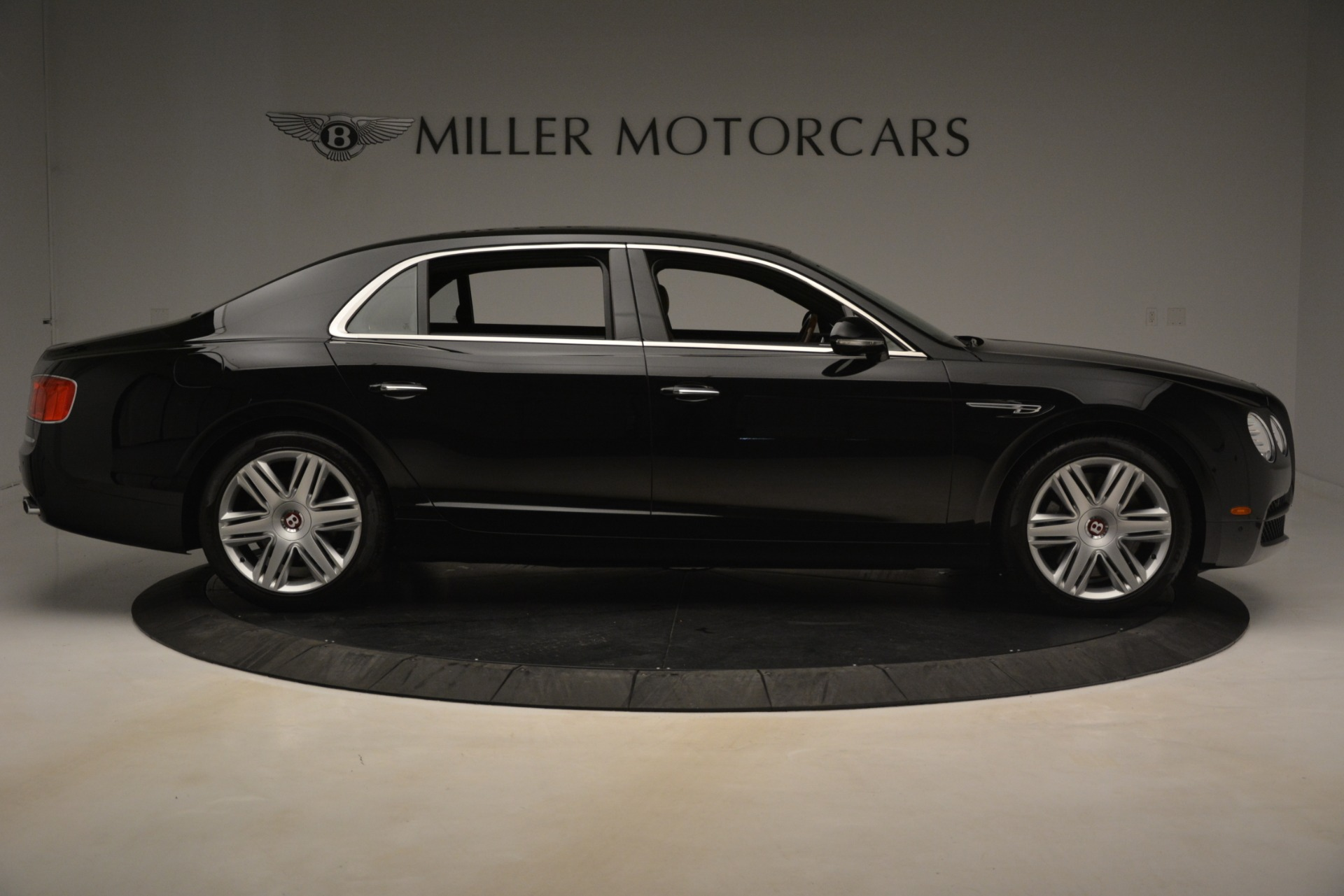 Used 2016 Bentley Flying Spur V8 For Sale In Greenwich, CT 3210_p9