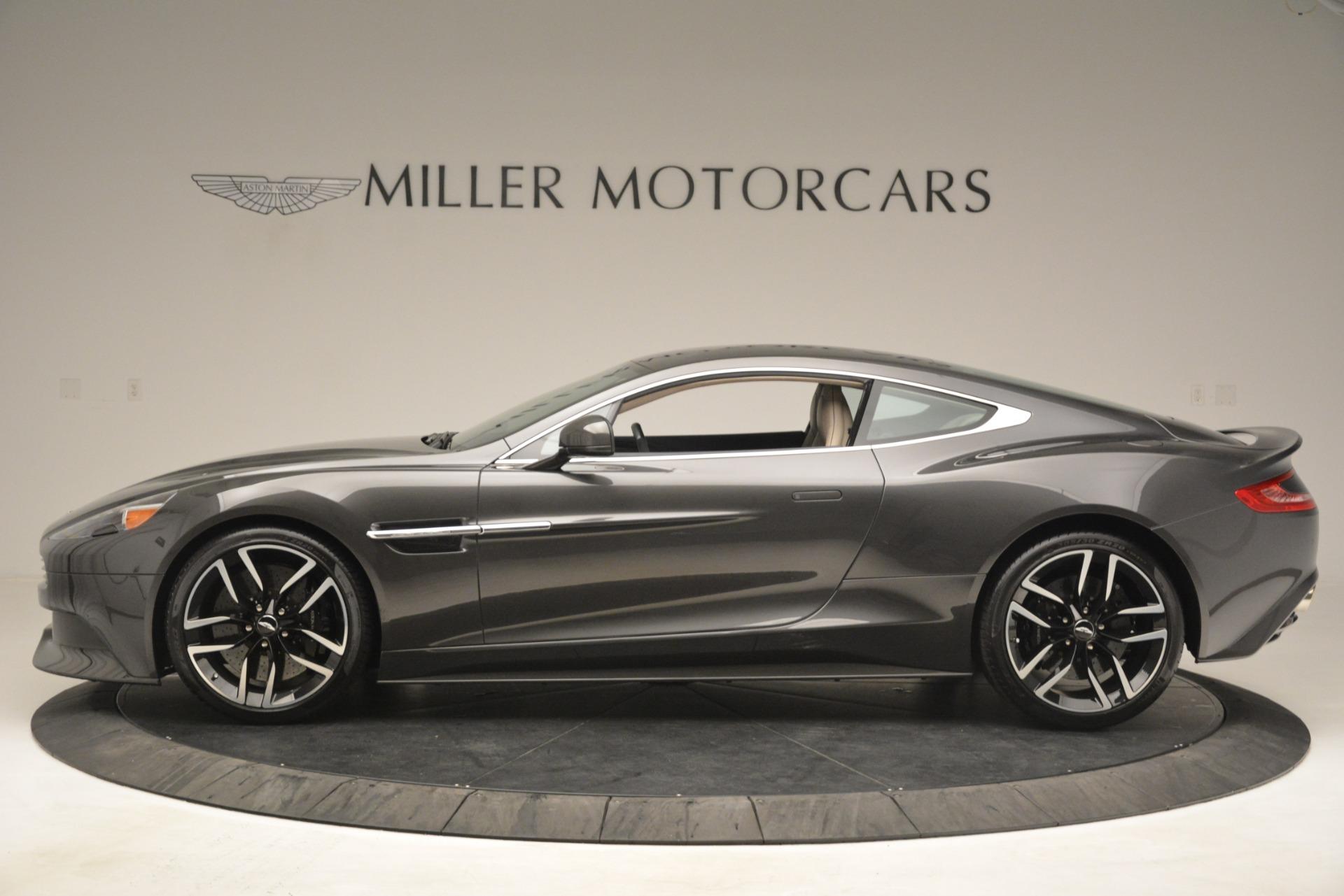 Used 2016 Aston Martin Vanquish Coupe For Sale In Greenwich, CT 3215_p3
