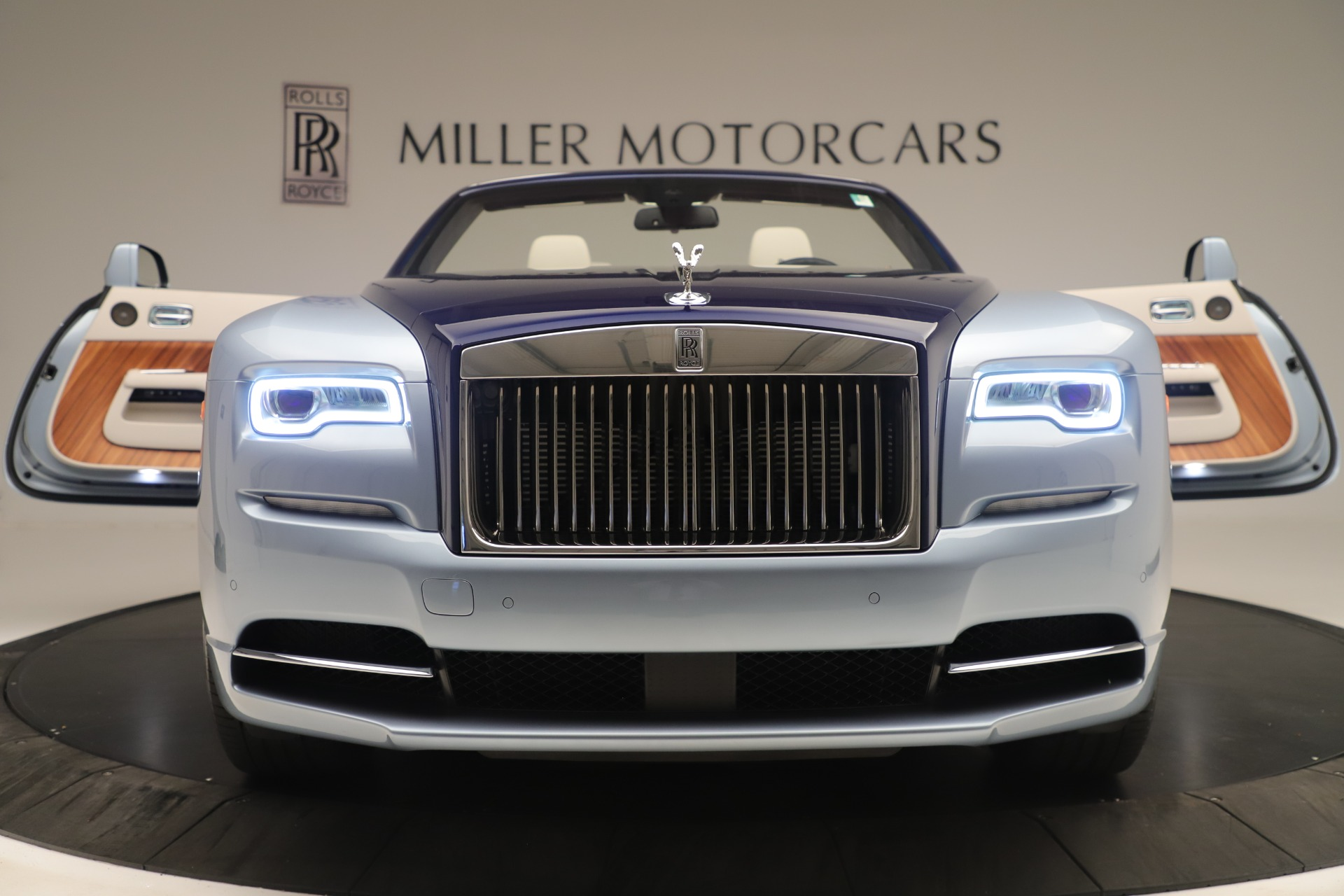 Used 2016 Rolls-Royce Dawn  For Sale In Greenwich, CT 3217_p46