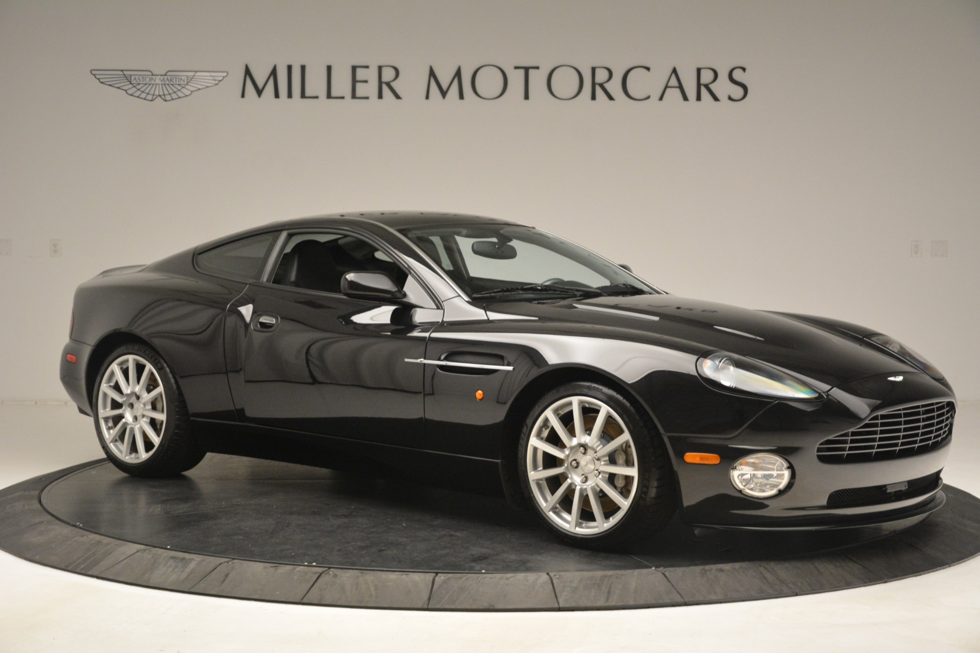Used 2005 Aston Martin V12 Vanquish S For Sale In Greenwich, CT 3218_p10