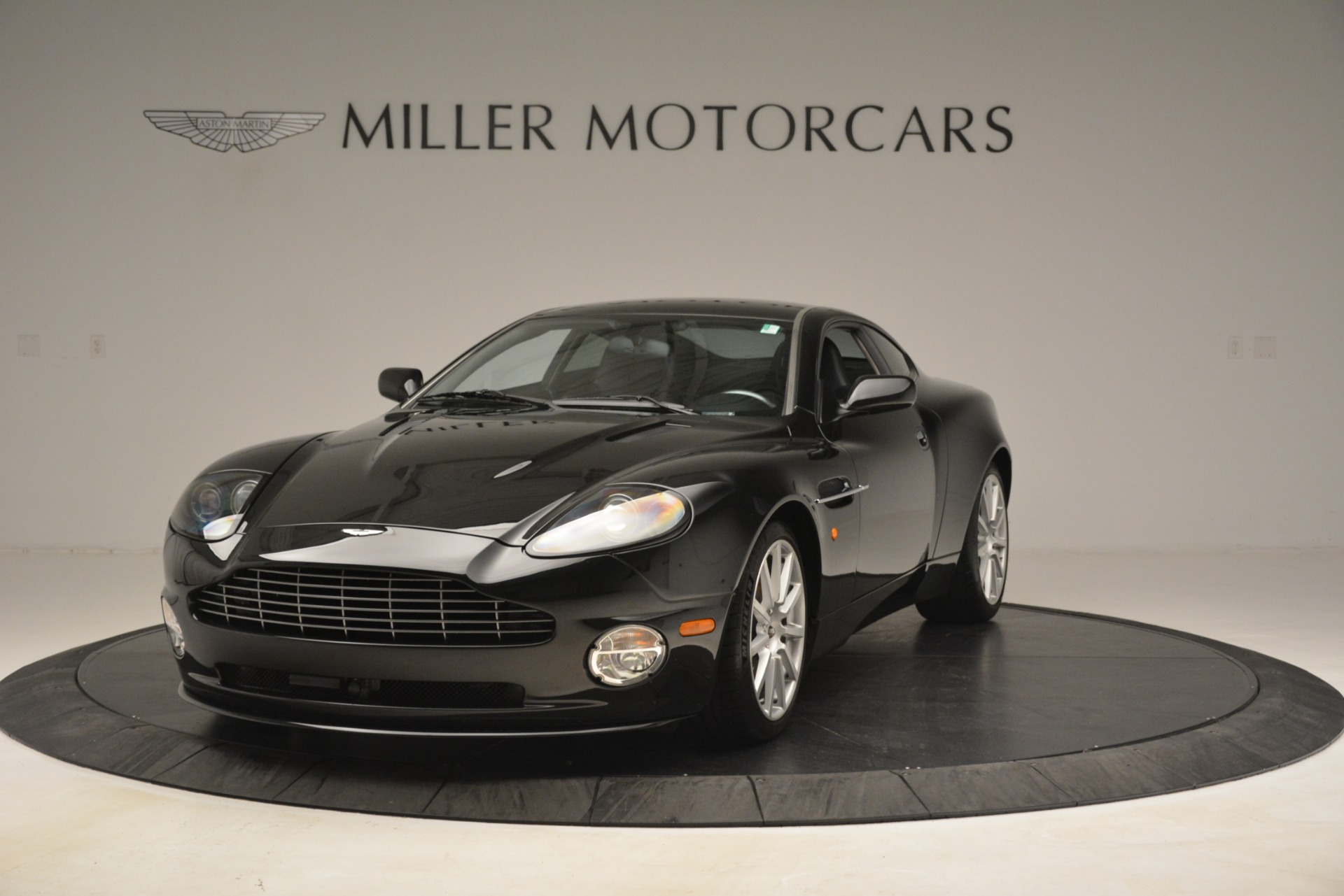 Used 2005 Aston Martin V12 Vanquish S For Sale In Greenwich, CT 3218_p2