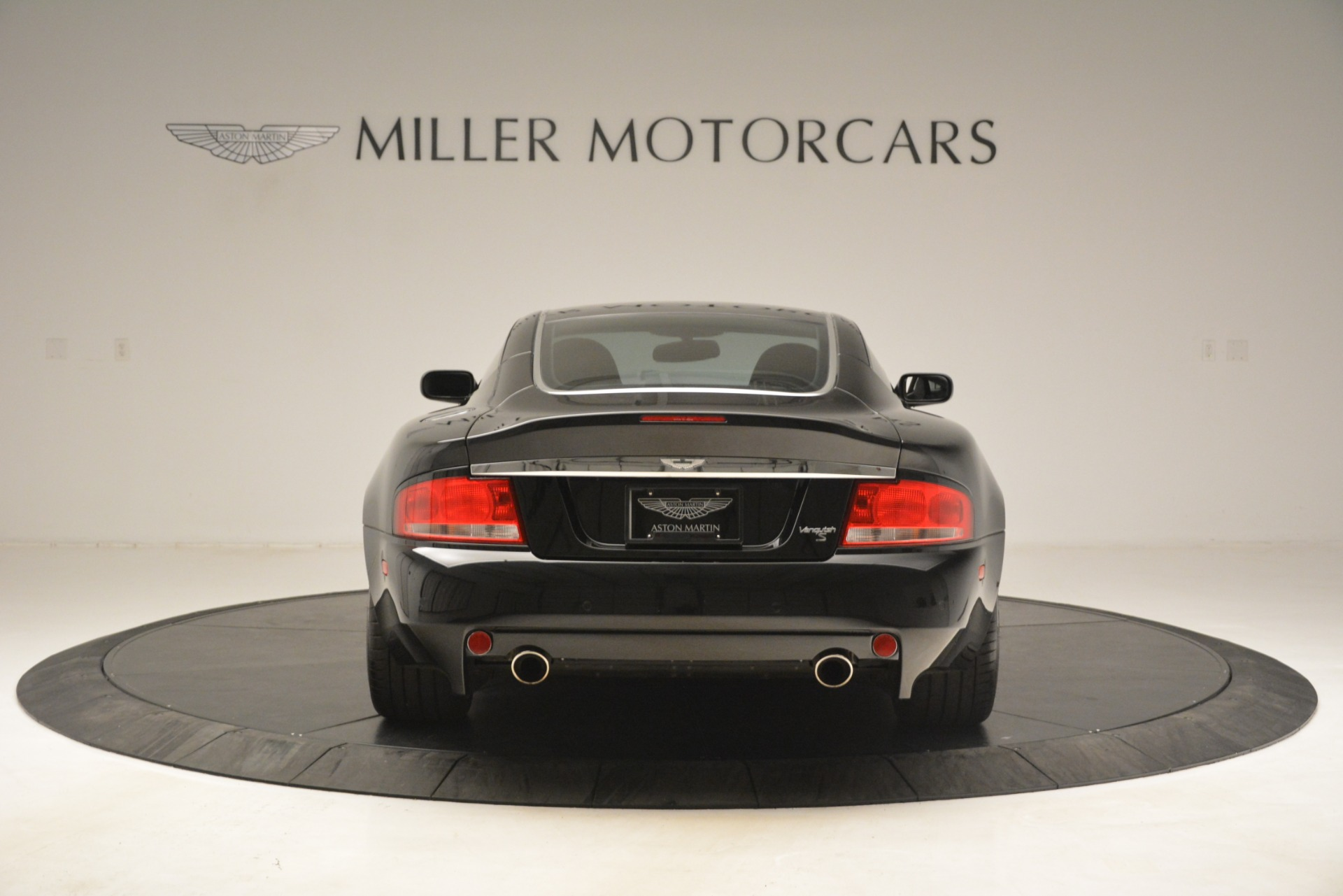 Used 2005 Aston Martin V12 Vanquish S For Sale In Greenwich, CT 3218_p6