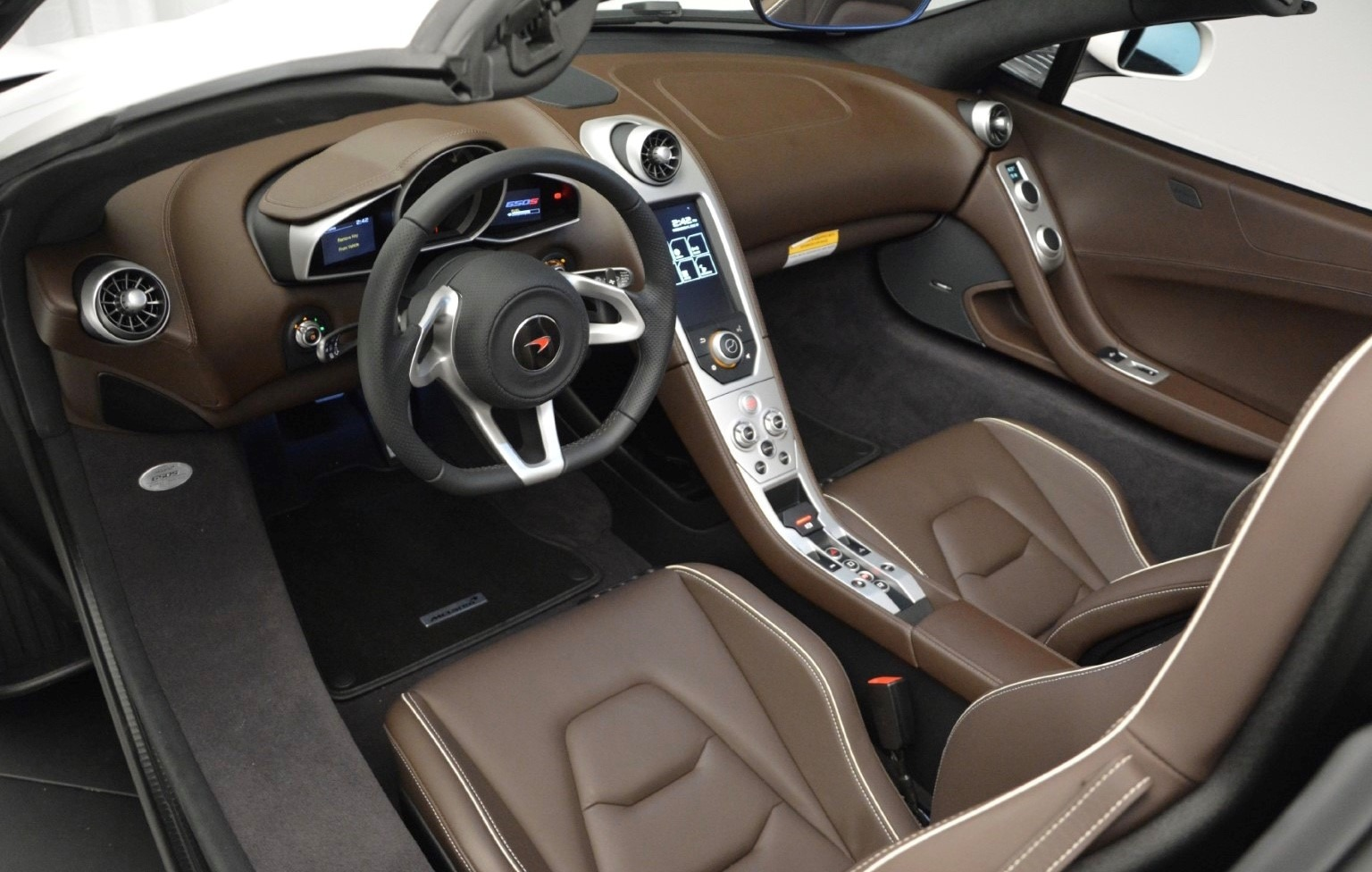 Used 2015 McLaren 650S Convertible For Sale In Greenwich, CT 3219_p17