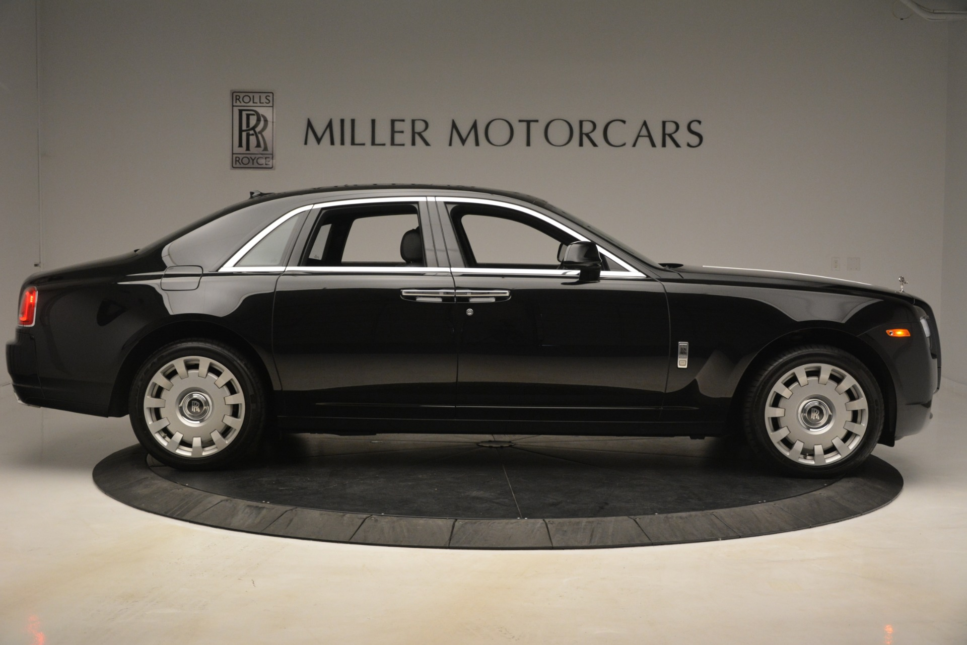 Used 2014 Rolls-Royce Ghost  For Sale In Greenwich, CT 3220_p11