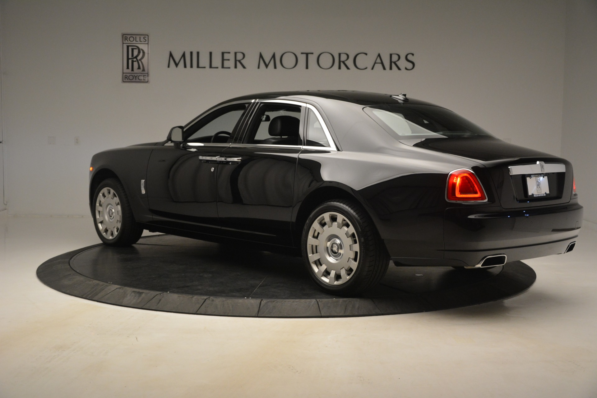 Used 2014 Rolls-Royce Ghost  For Sale In Greenwich, CT 3220_p7