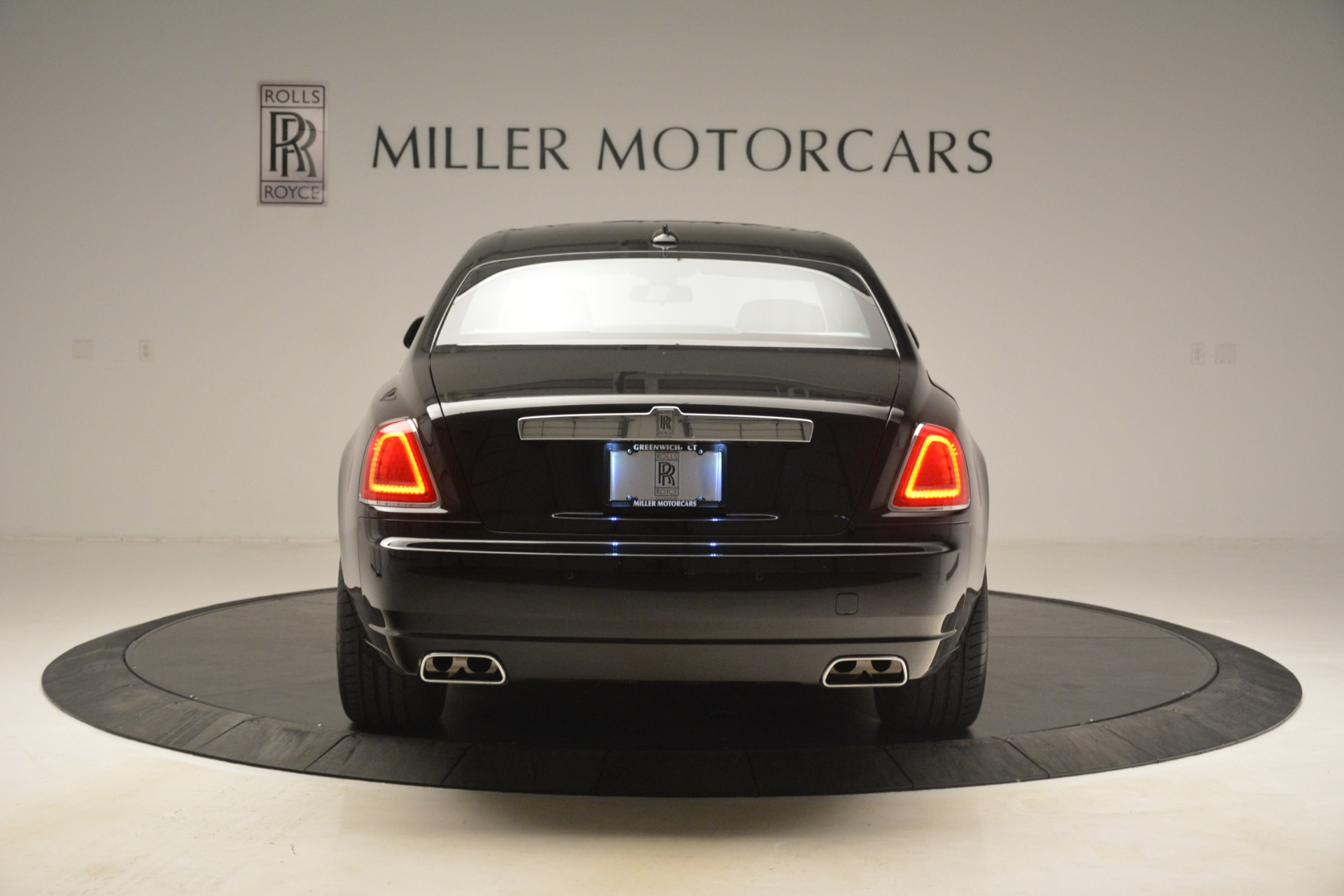 Used 2014 Rolls-Royce Ghost  For Sale In Greenwich, CT 3220_p8
