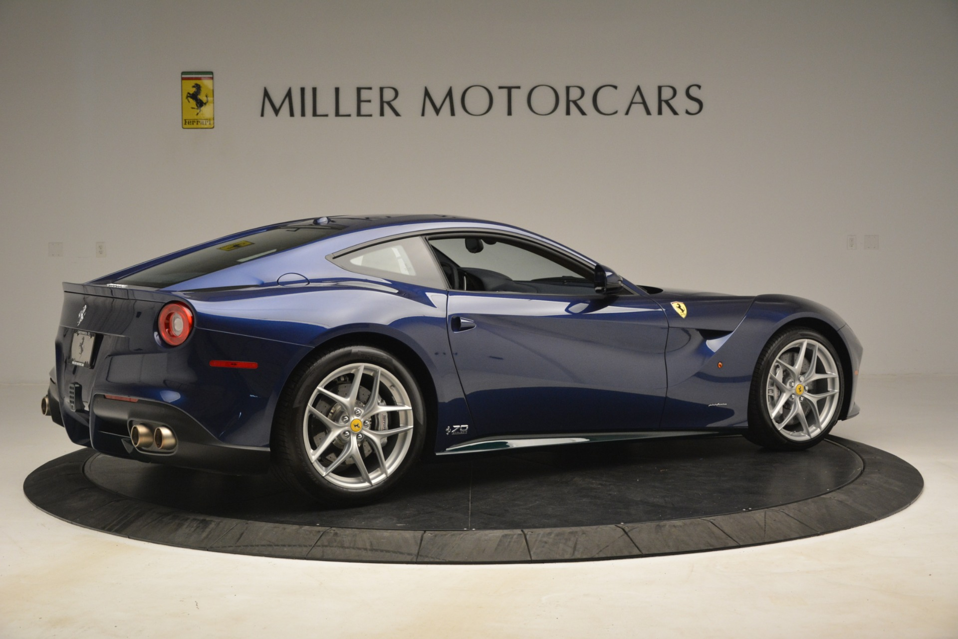 Used 2017 Ferrari F12 Berlinetta  For Sale In Greenwich, CT 3222_p9