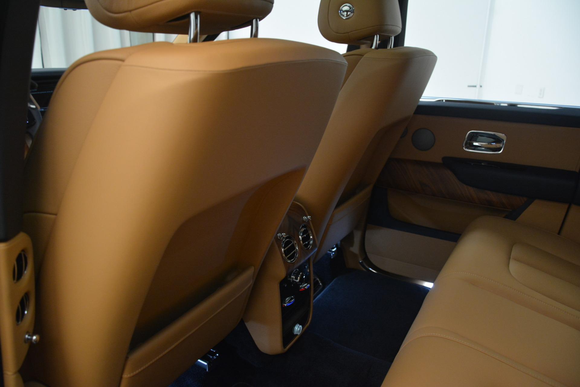 New 2019 Rolls-Royce Cullinan  For Sale In Greenwich, CT 3223_p23