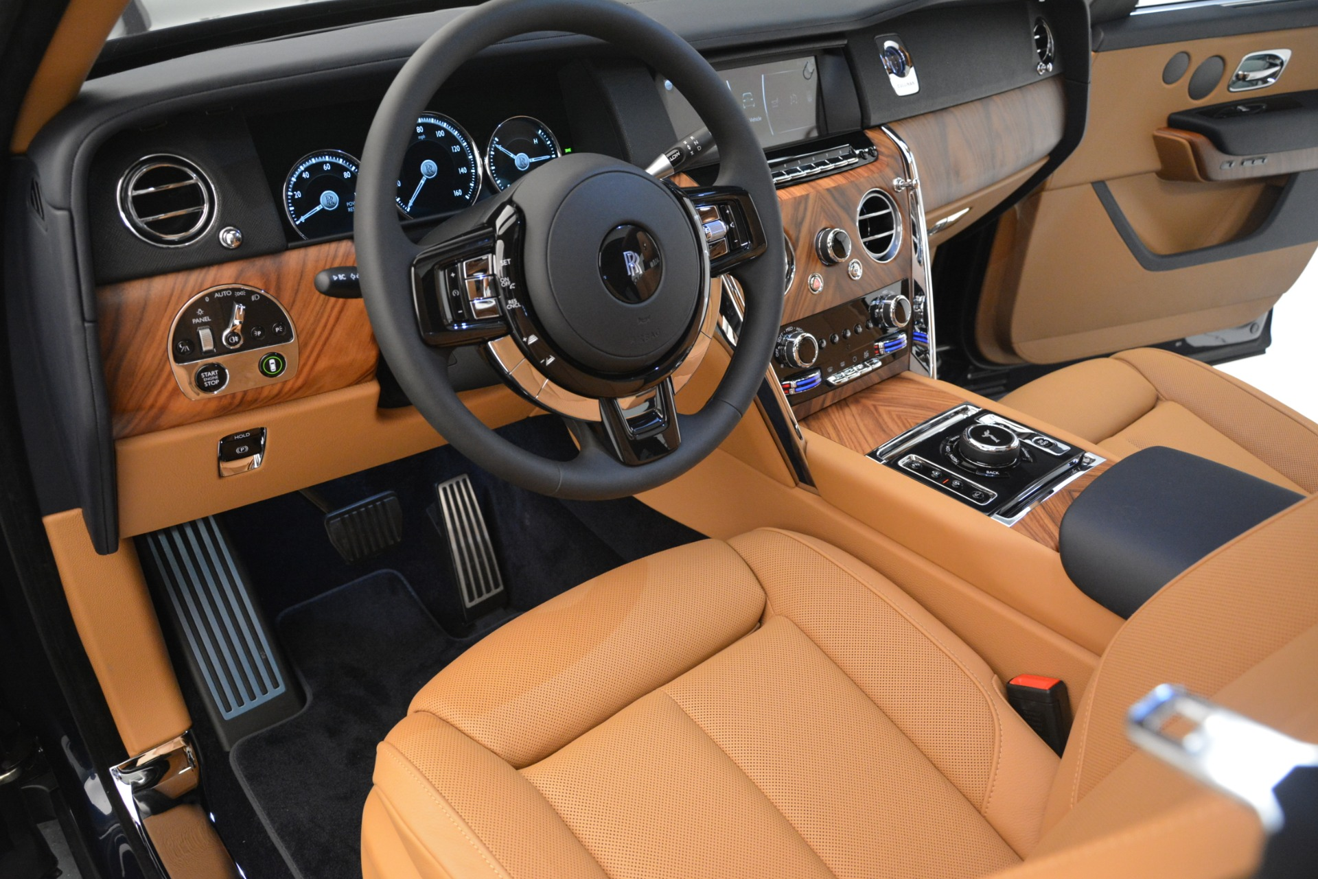 New 2019 Rolls-Royce Cullinan  For Sale In Greenwich, CT 3223_p36