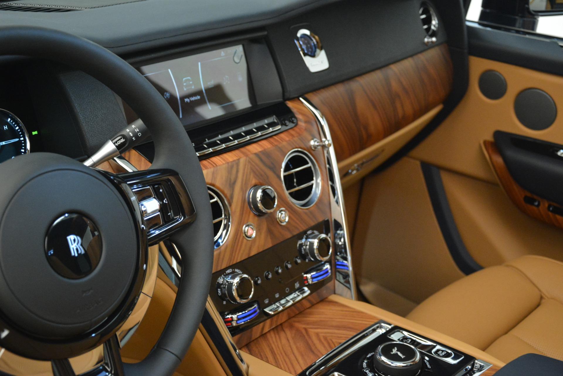 New 2019 Rolls-Royce Cullinan  For Sale In Greenwich, CT 3223_p52