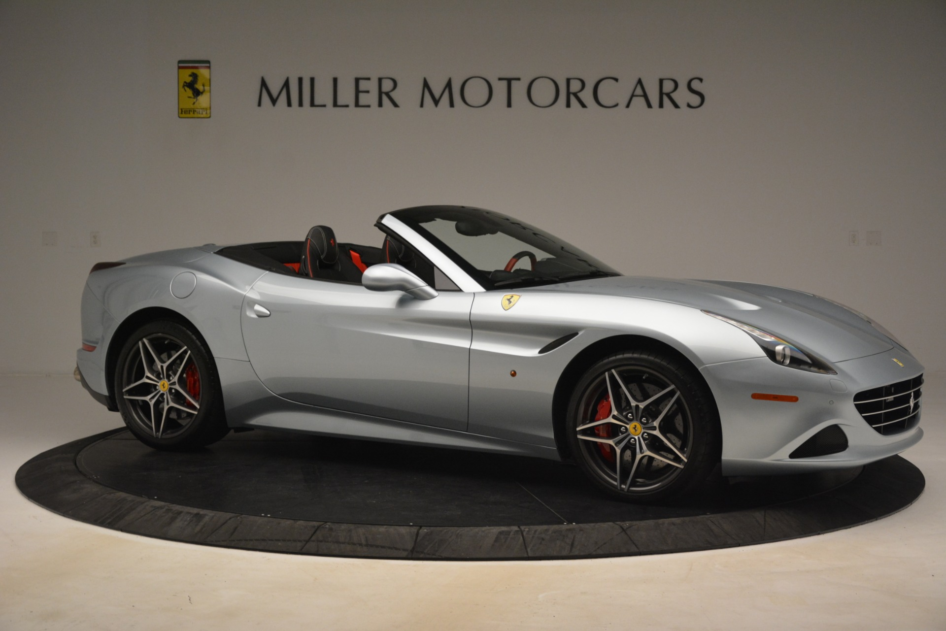 Used 2016 Ferrari California T  For Sale In Greenwich, CT 3224_p10