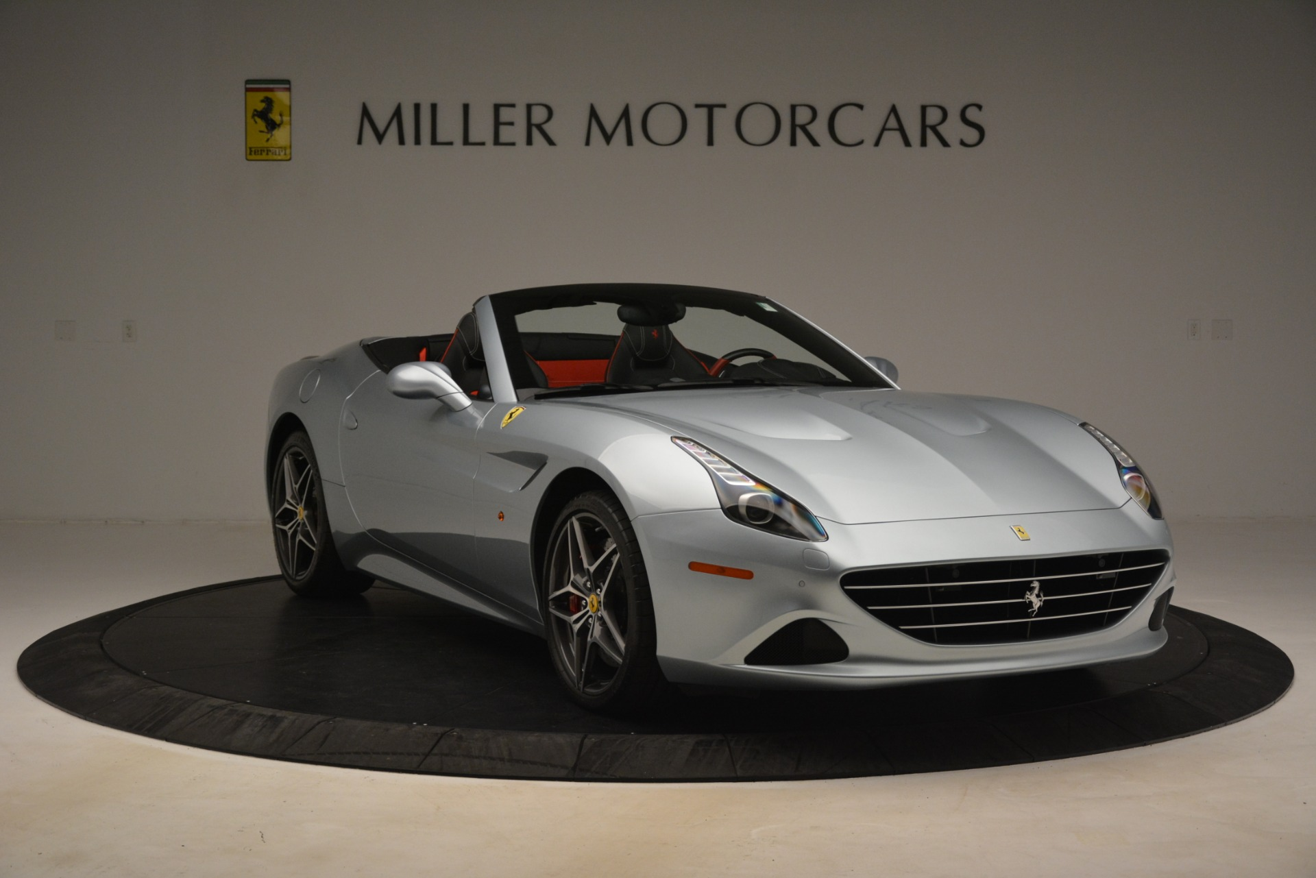 Used 2016 Ferrari California T  For Sale In Greenwich, CT 3224_p11