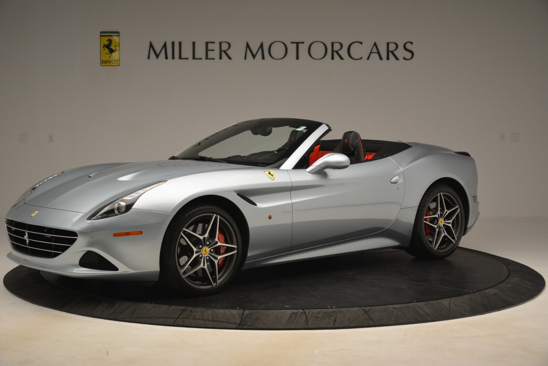 Used 2016 Ferrari California T  For Sale In Greenwich, CT 3224_p2
