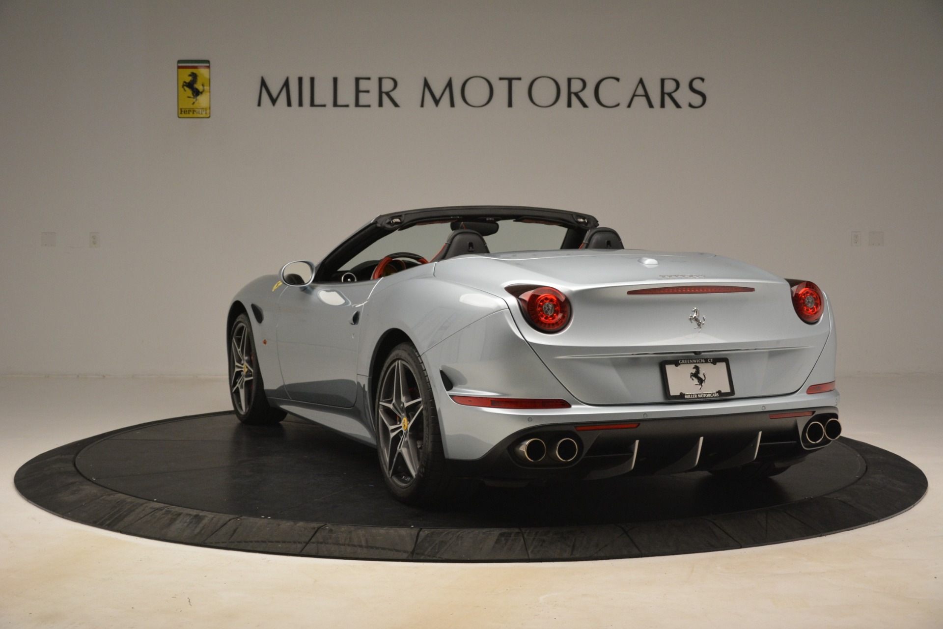 Used 2016 Ferrari California T  For Sale In Greenwich, CT 3224_p5