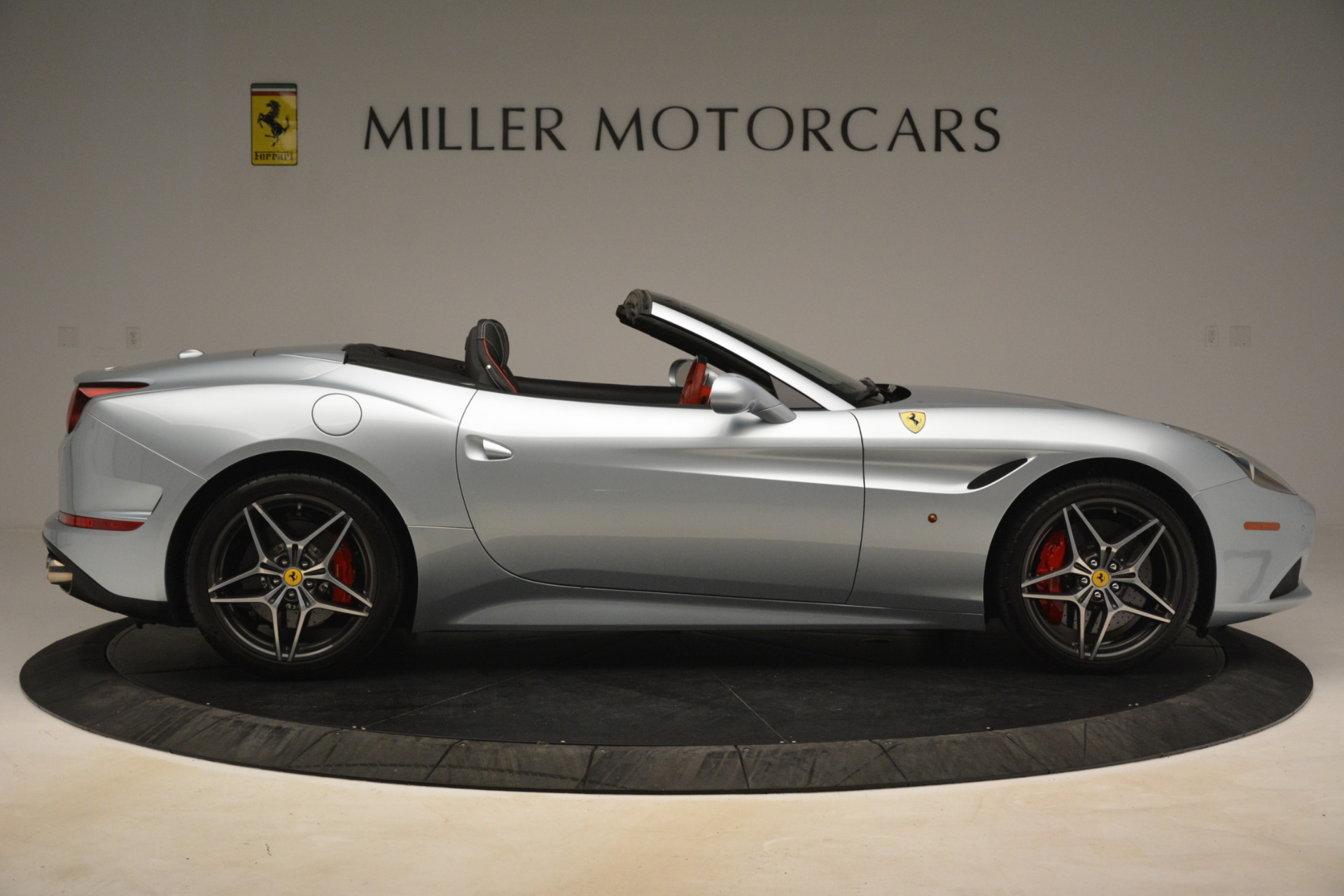 Used 2016 Ferrari California T  For Sale In Greenwich, CT 3224_p9