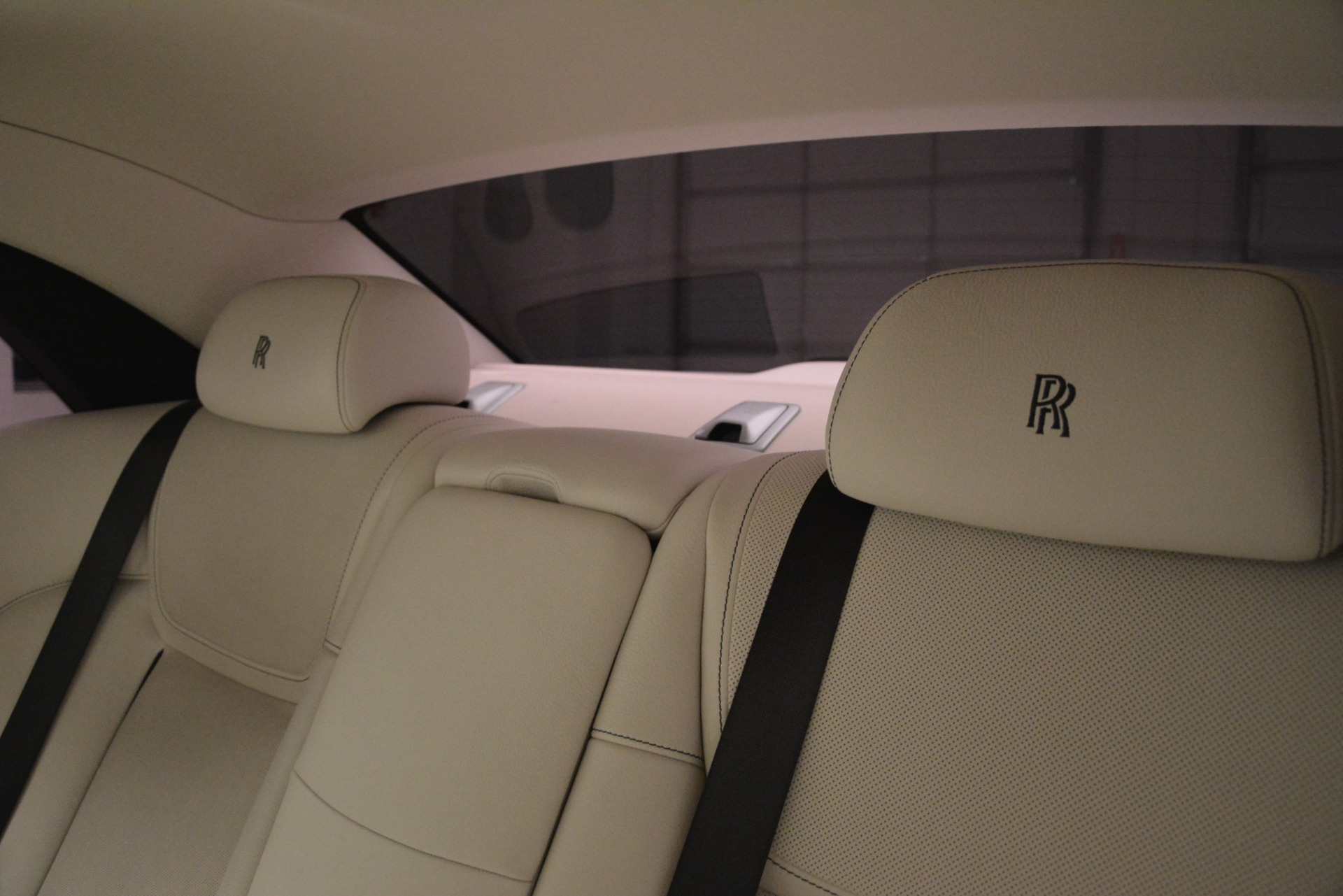 Used 2016 Rolls-Royce Ghost  For Sale In Greenwich, CT 3226_p14