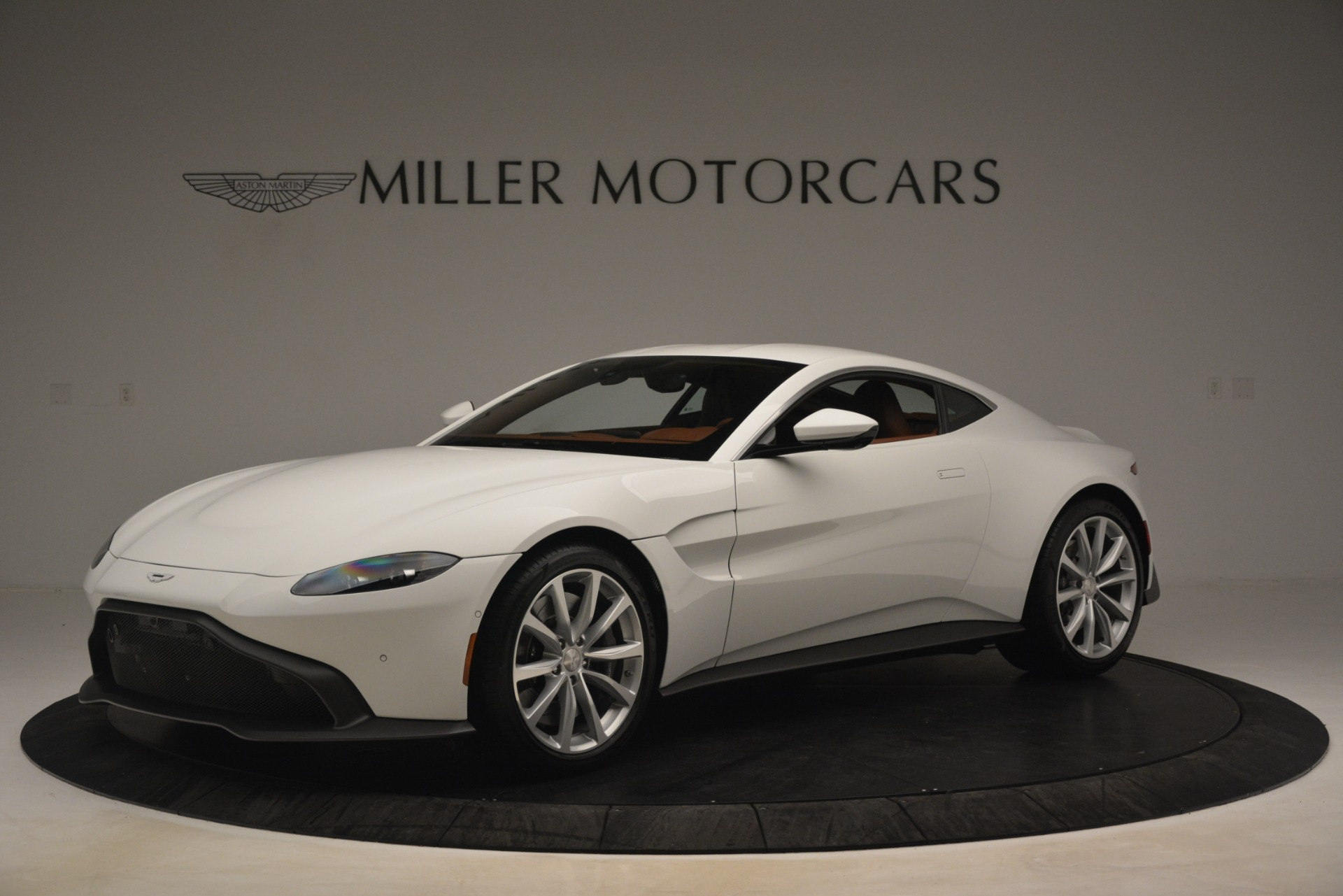 New 2019 Aston Martin Vantage Coupe For Sale In Greenwich, CT 3227_main