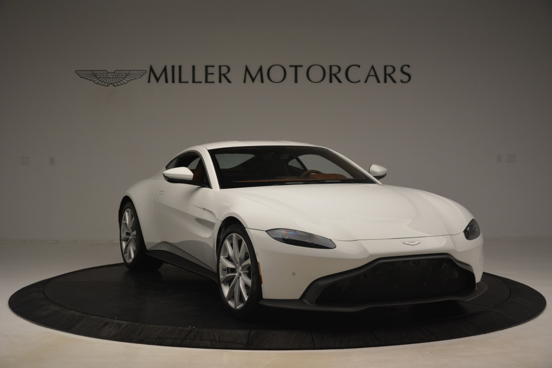 New 2019 Aston Martin Vantage Coupe For Sale In Greenwich, CT 3227_p10