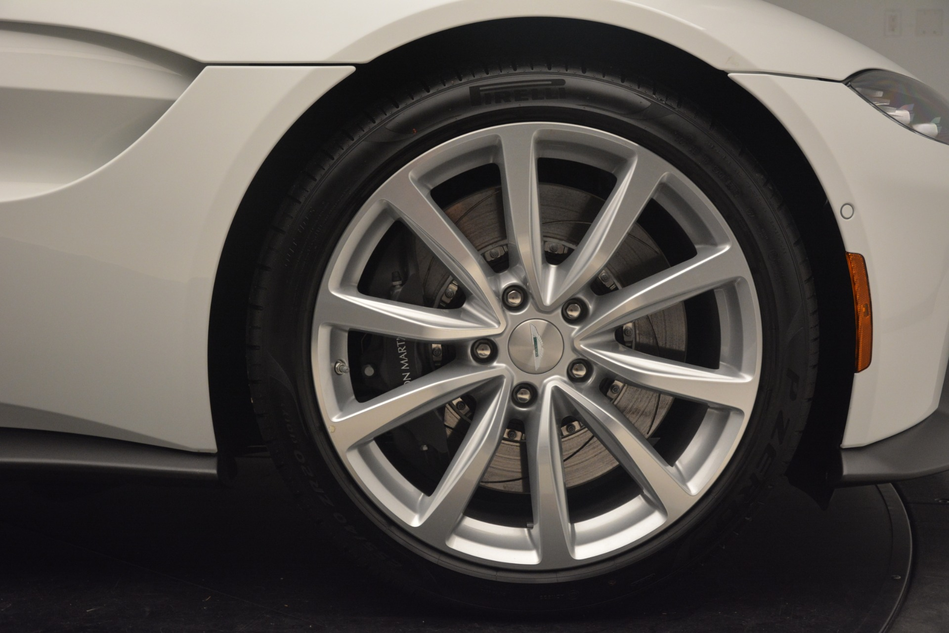 New 2019 Aston Martin Vantage Coupe For Sale In Greenwich, CT 3227_p18