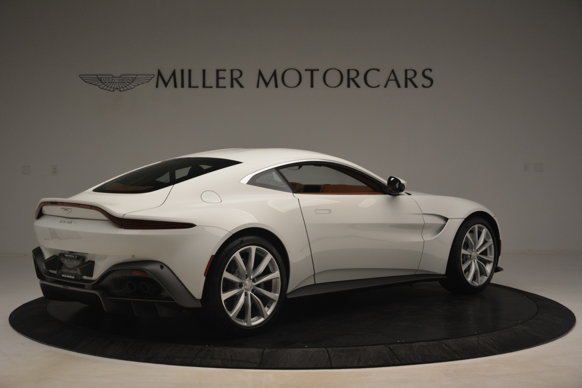New 2019 Aston Martin Vantage Coupe For Sale In Greenwich, CT 3227_p7