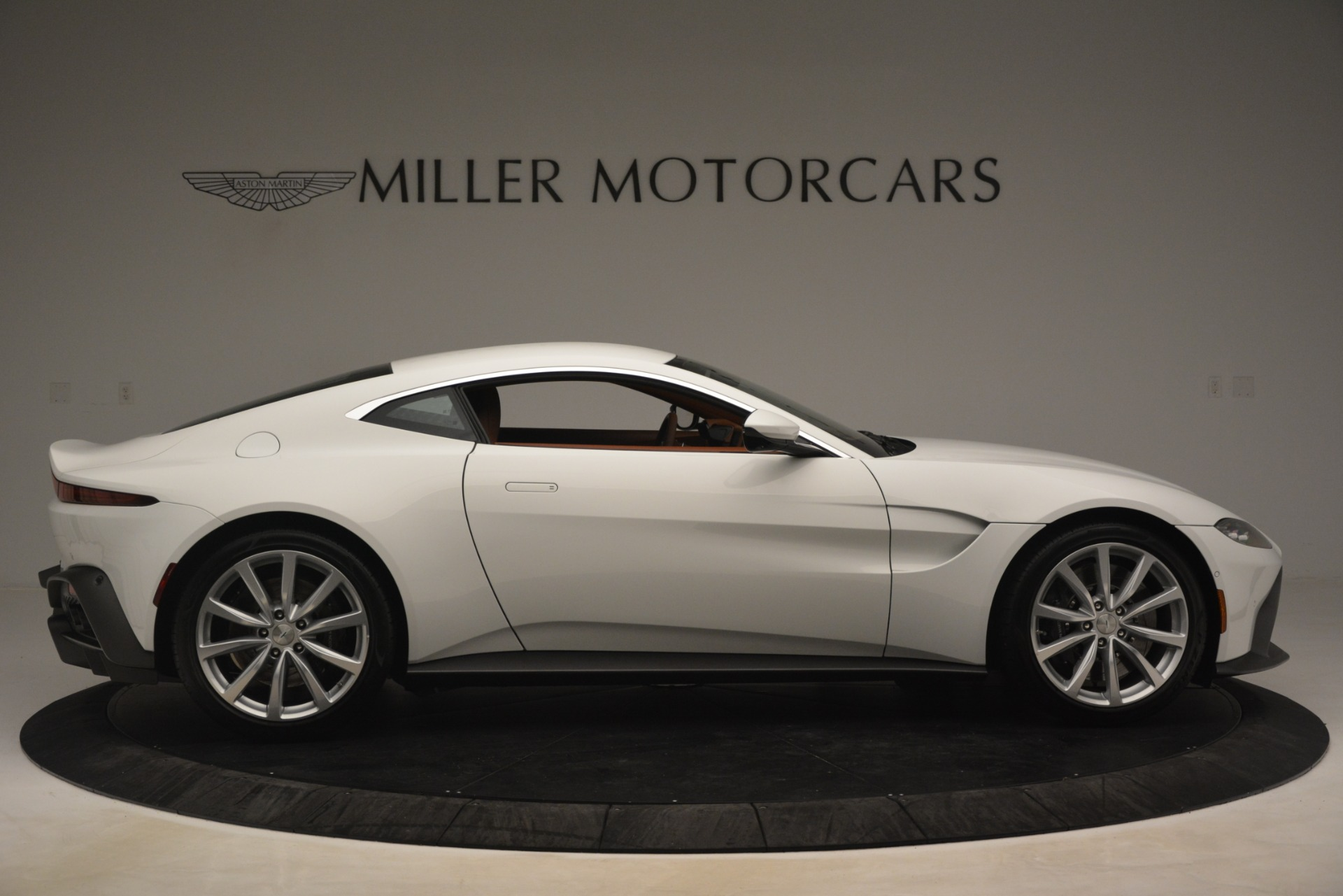 New 2019 Aston Martin Vantage Coupe For Sale In Greenwich, CT 3227_p8