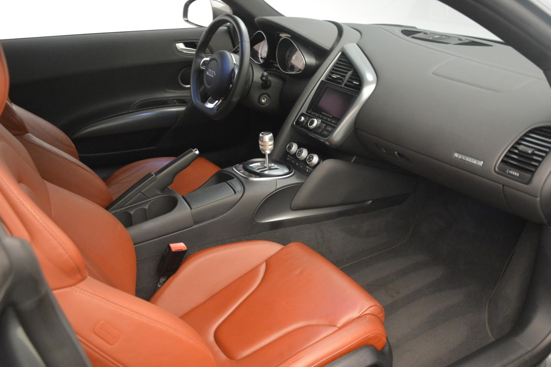 Used 2009 Audi R8 quattro For Sale In Greenwich, CT 3228_p16