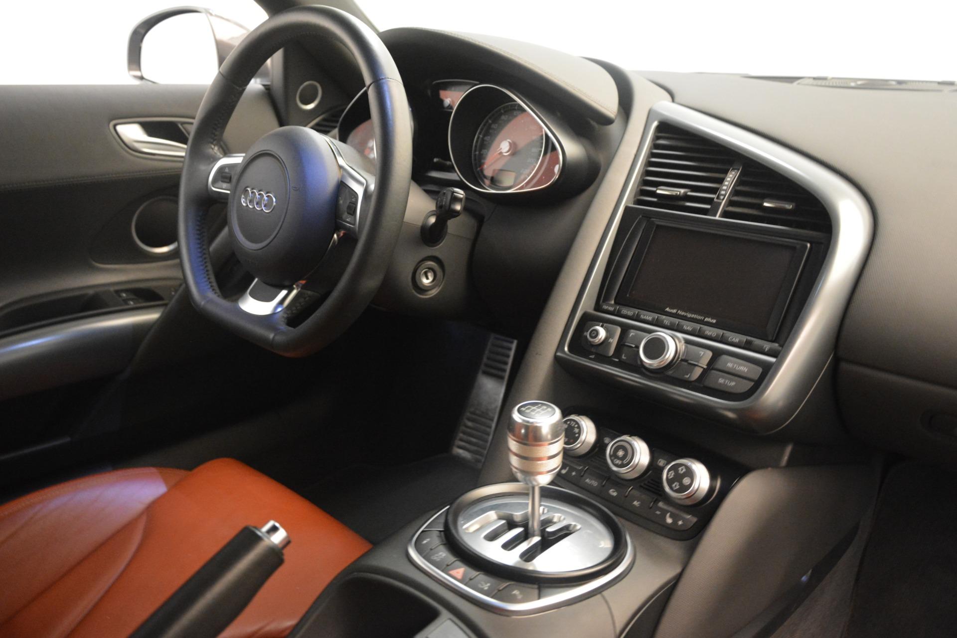 Used 2009 Audi R8 quattro For Sale In Greenwich, CT 3228_p19