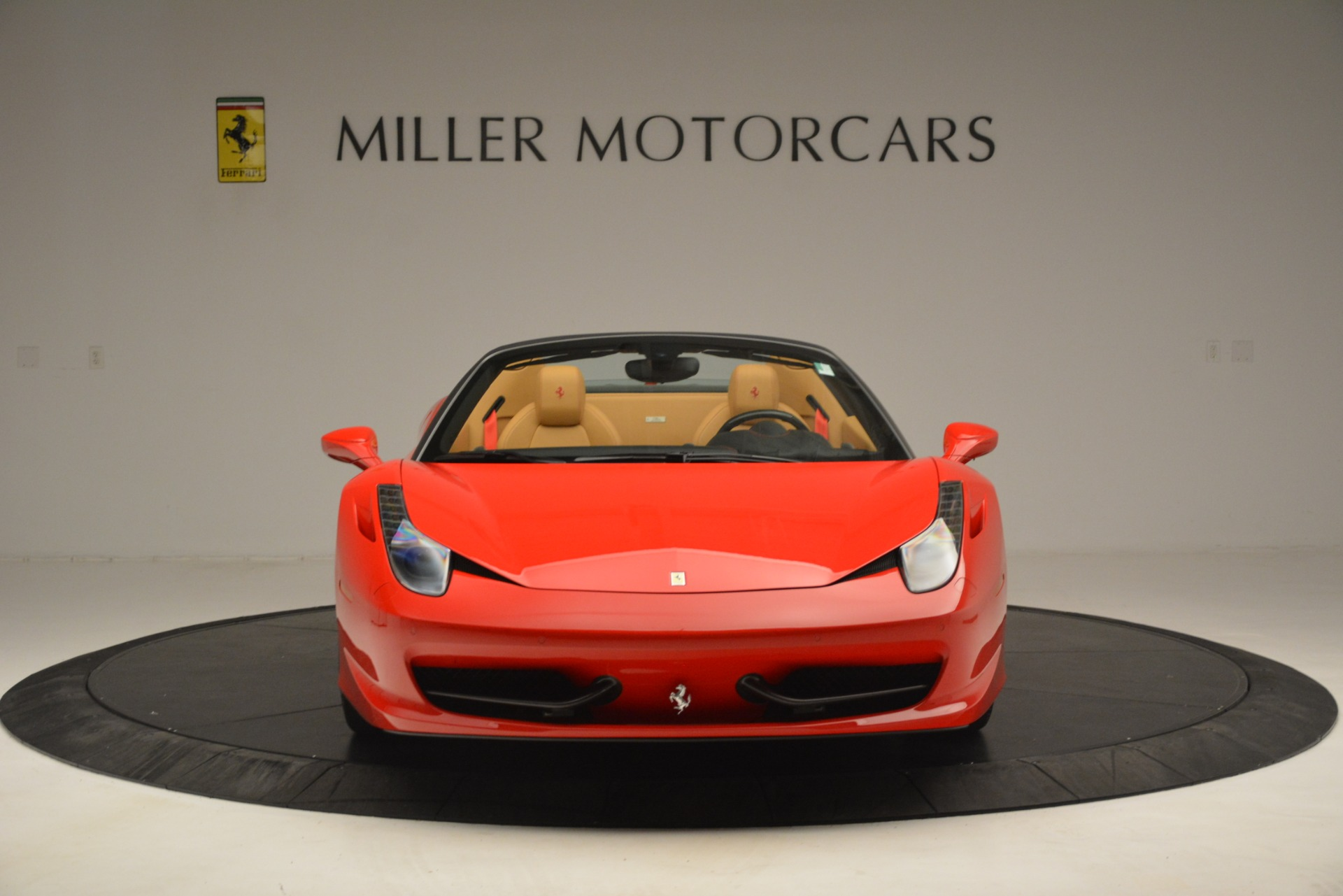Used 2015 Ferrari 458 Spider  For Sale In Greenwich, CT 3233_p7