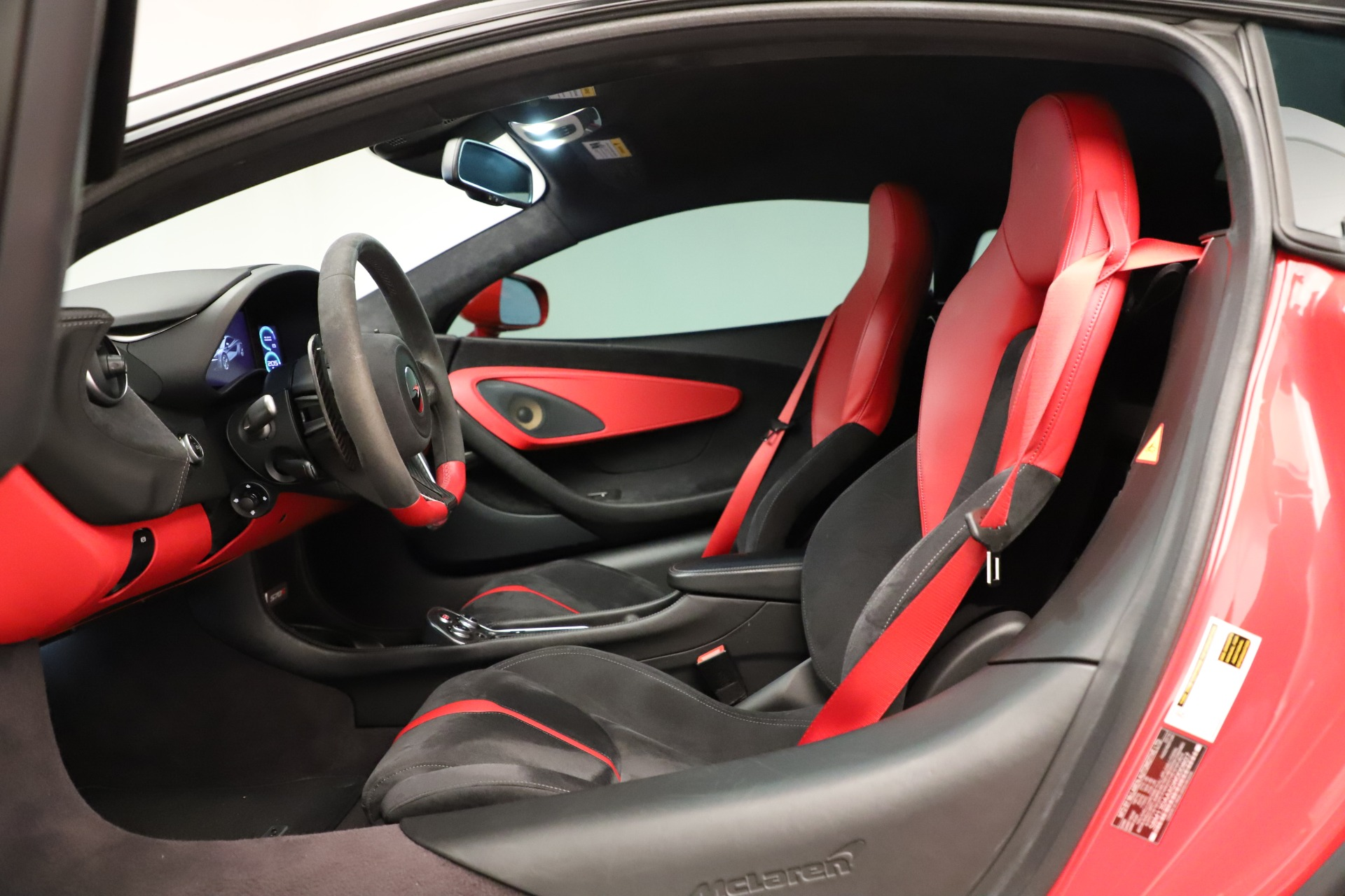 Used 2016 McLaren 570S Coupe For Sale In Greenwich, CT 3235_p23