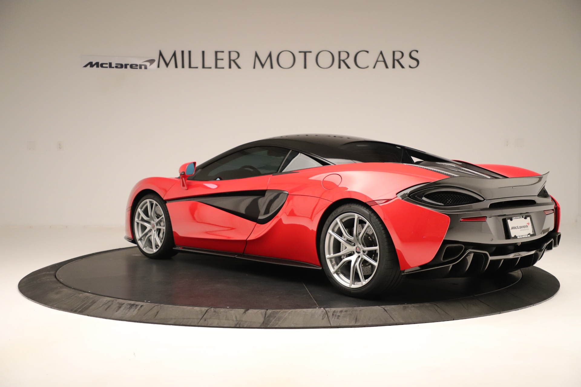 Used 2016 McLaren 570S Coupe For Sale In Greenwich, CT 3235_p3