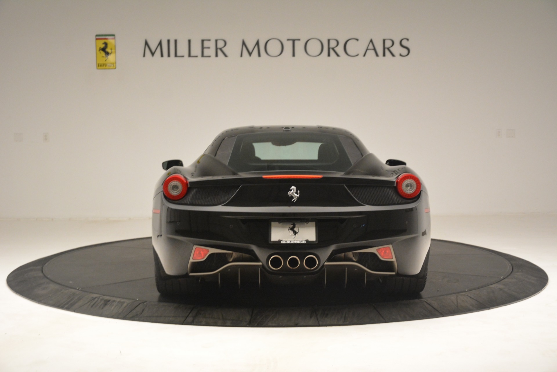 Used 2011 Ferrari 458 Italia  For Sale In Greenwich, CT 3236_p6