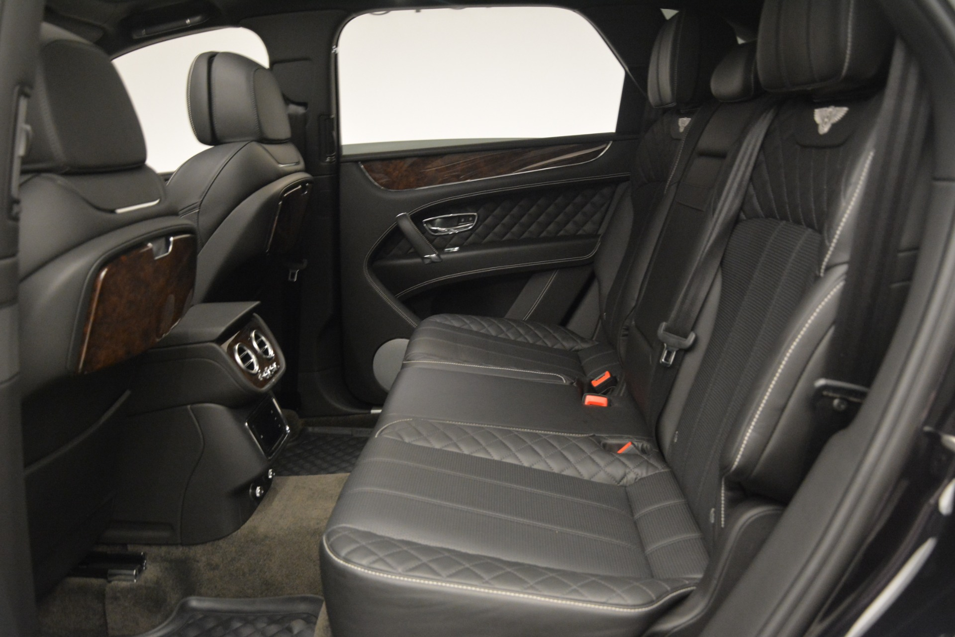 Used 2017 Bentley Bentayga W12 For Sale In Greenwich, CT 3239_p23